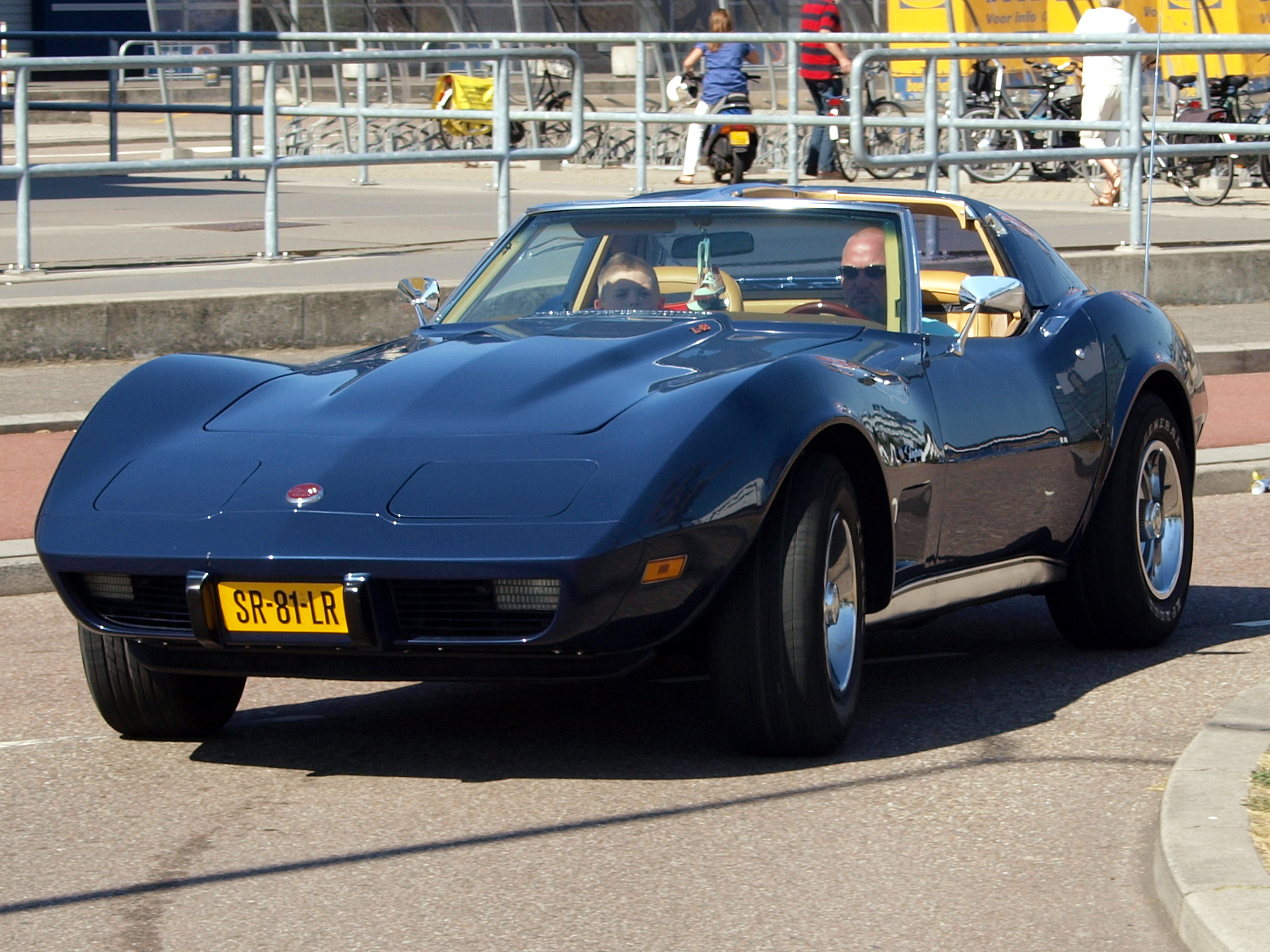 File Corvette Stingray Sr 81 Lr Pic1 Jpg Wikimedia Commons