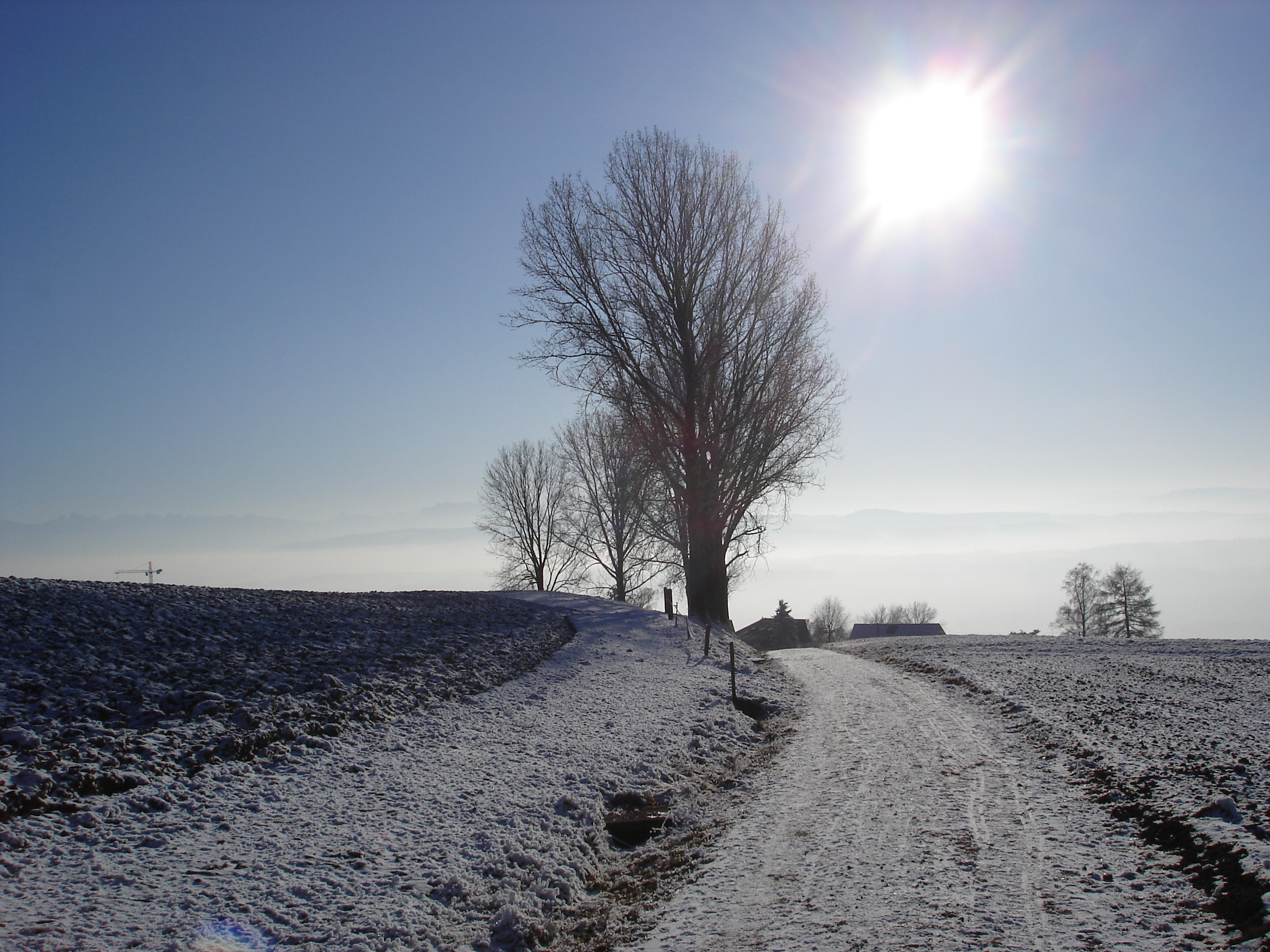 description of winter Winter is the coldest season of the year in polar and temperate zones (winter does not occur in the tropical zone) it occurs after autumn and before.