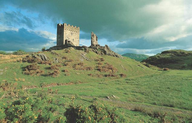 [Image: Dolwyddelan_Castle_Cadw.jpg]