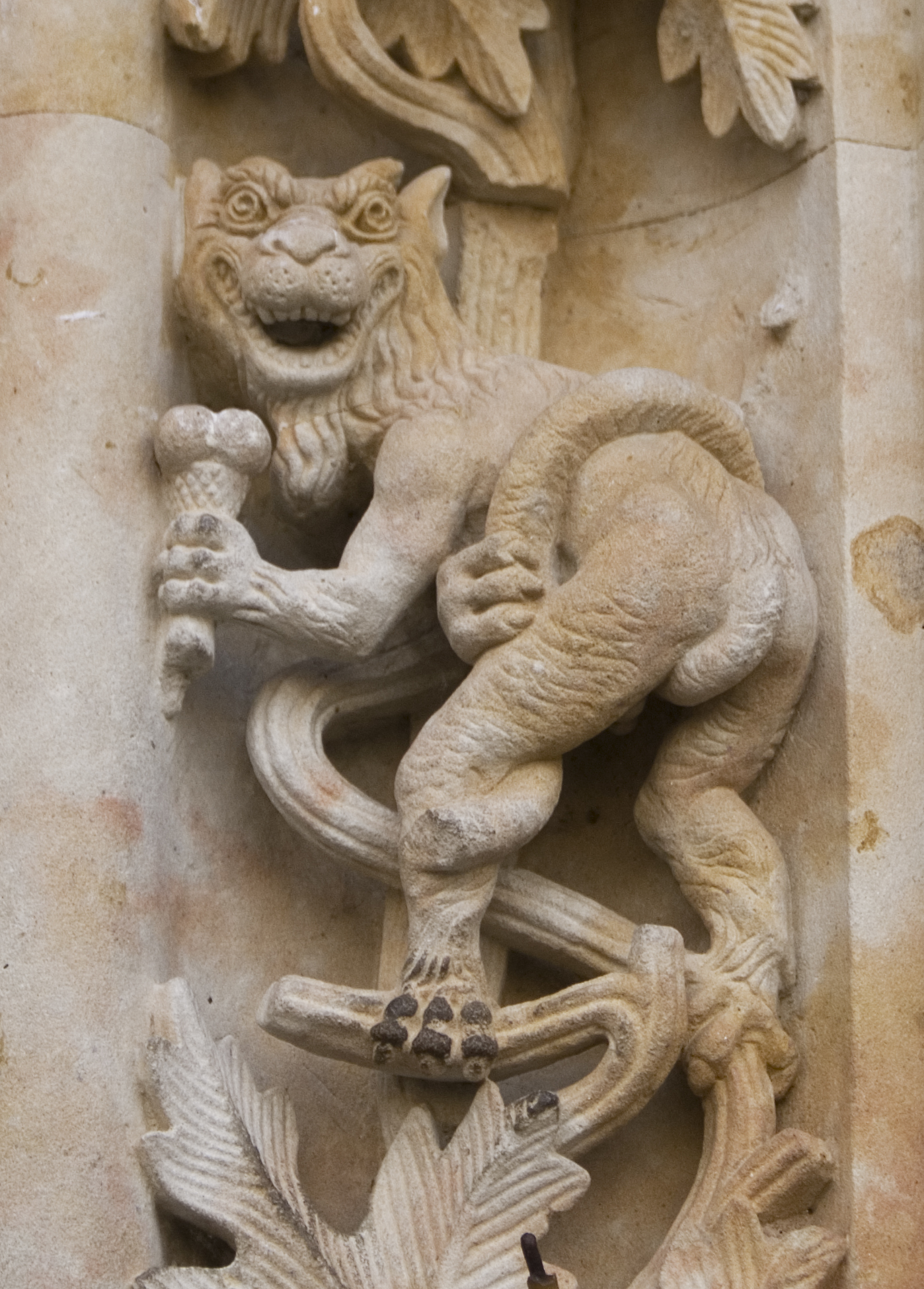 Ancient Astronaut Carving On 12th Century Spanish Cathedral Page 2