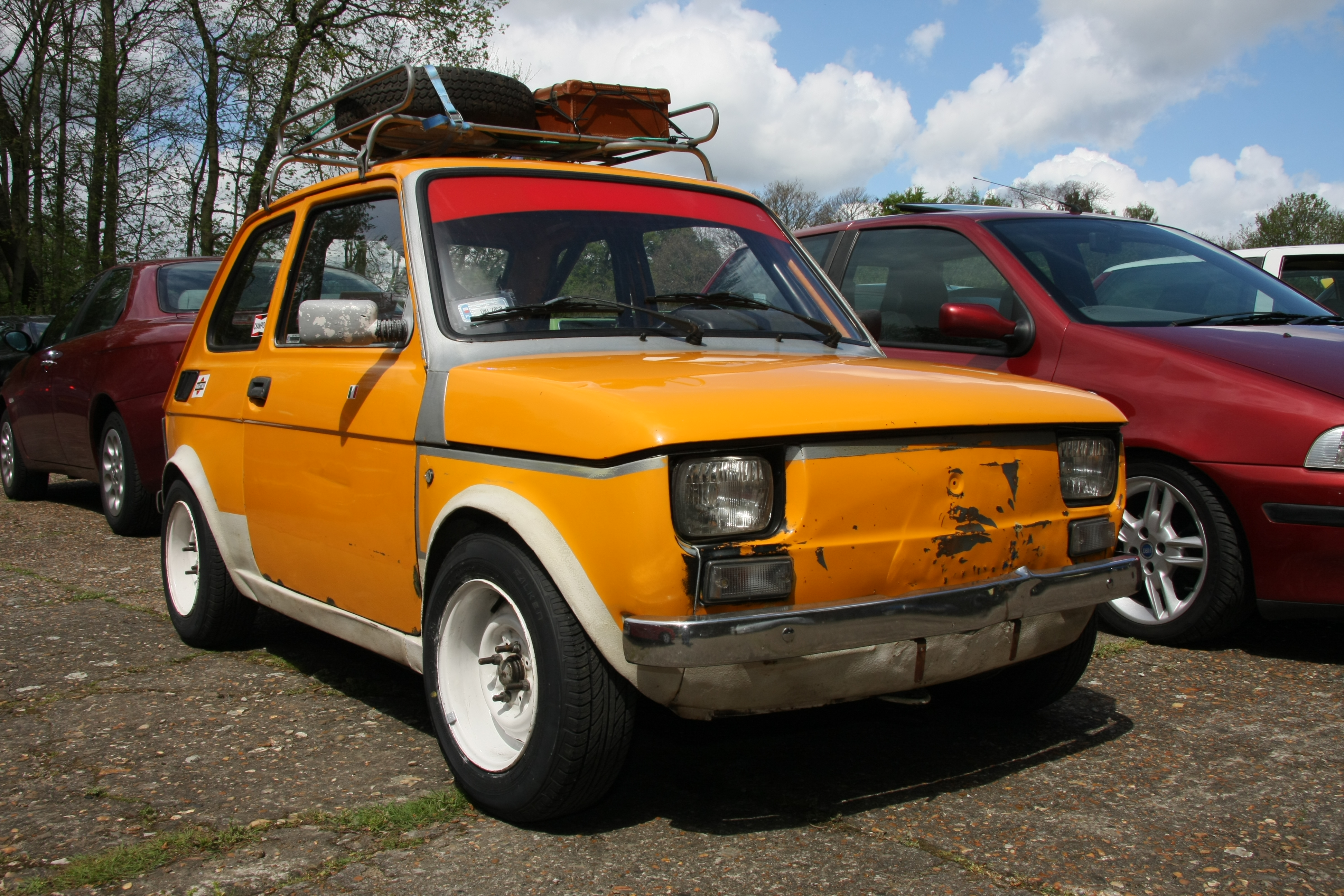 file fiat 126 during brooklands auto italia car day may. Black Bedroom Furniture Sets. Home Design Ideas