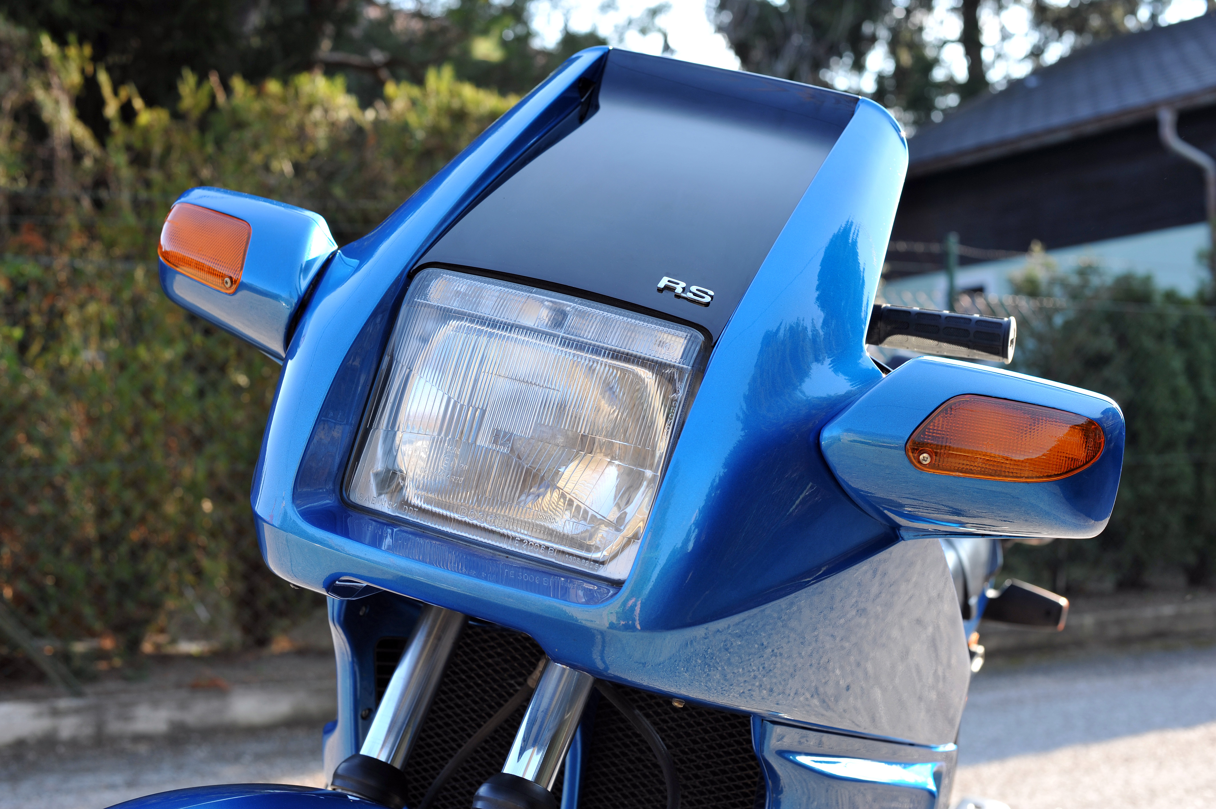 Build A Bmw >> File:Front Fairing BMW K100RS, 1985.jpg - Wikimedia Commons