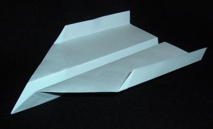 Best Paper Airplane Design Ever