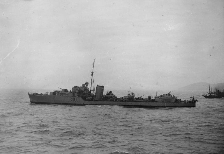 HMS Kipling (F91) IWM FL 012464