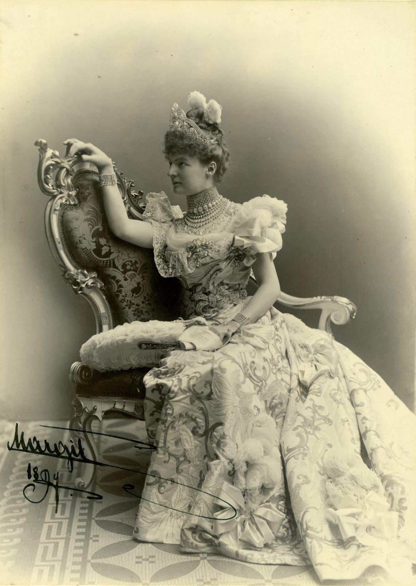 Habsburg–Lotaringiai Margit Klementina Mária főhercegnő.jpg