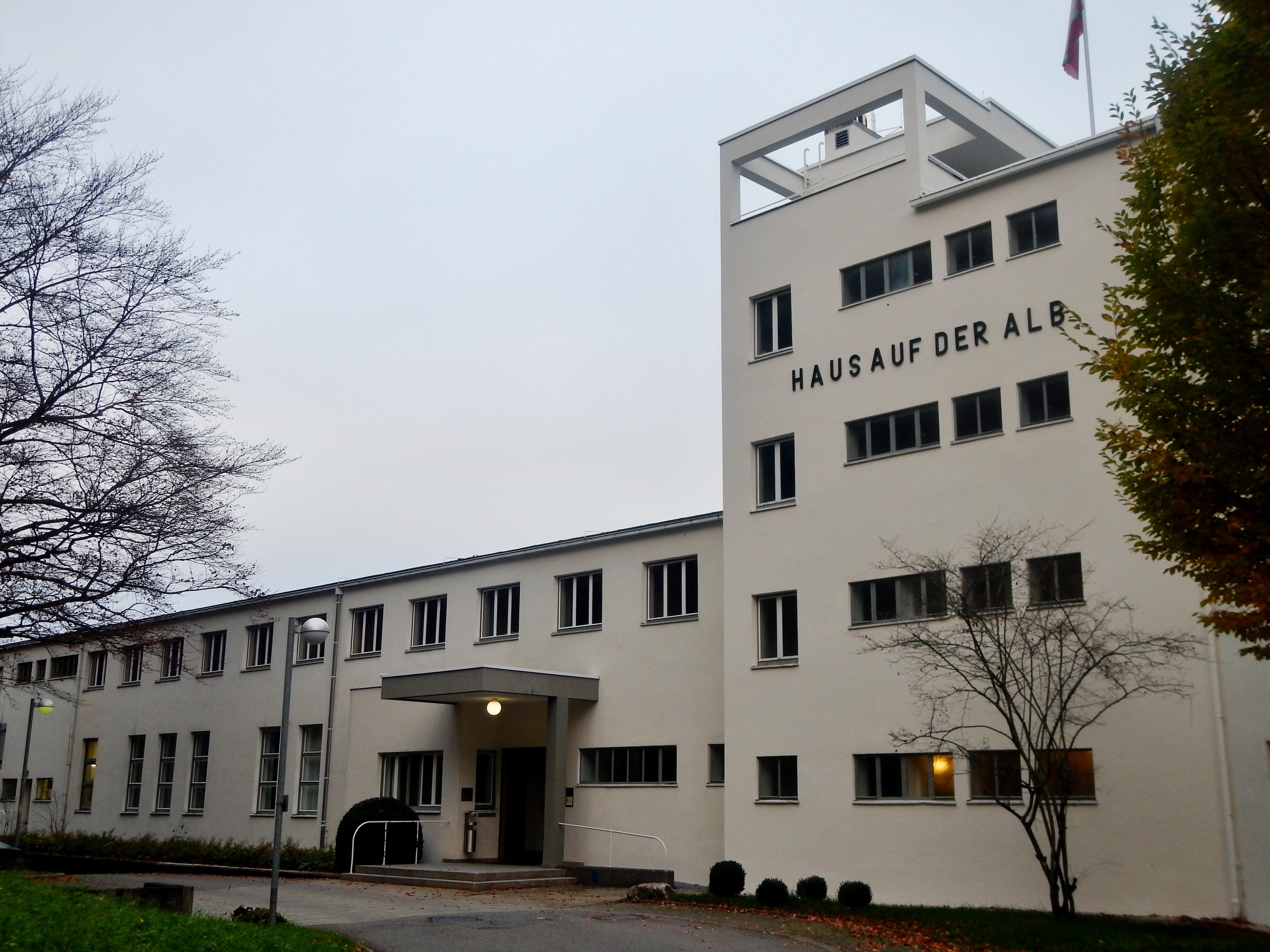 File:Haus auf der Alb, 1929-1930 Kaufmannserholungsheim im Stil der ...