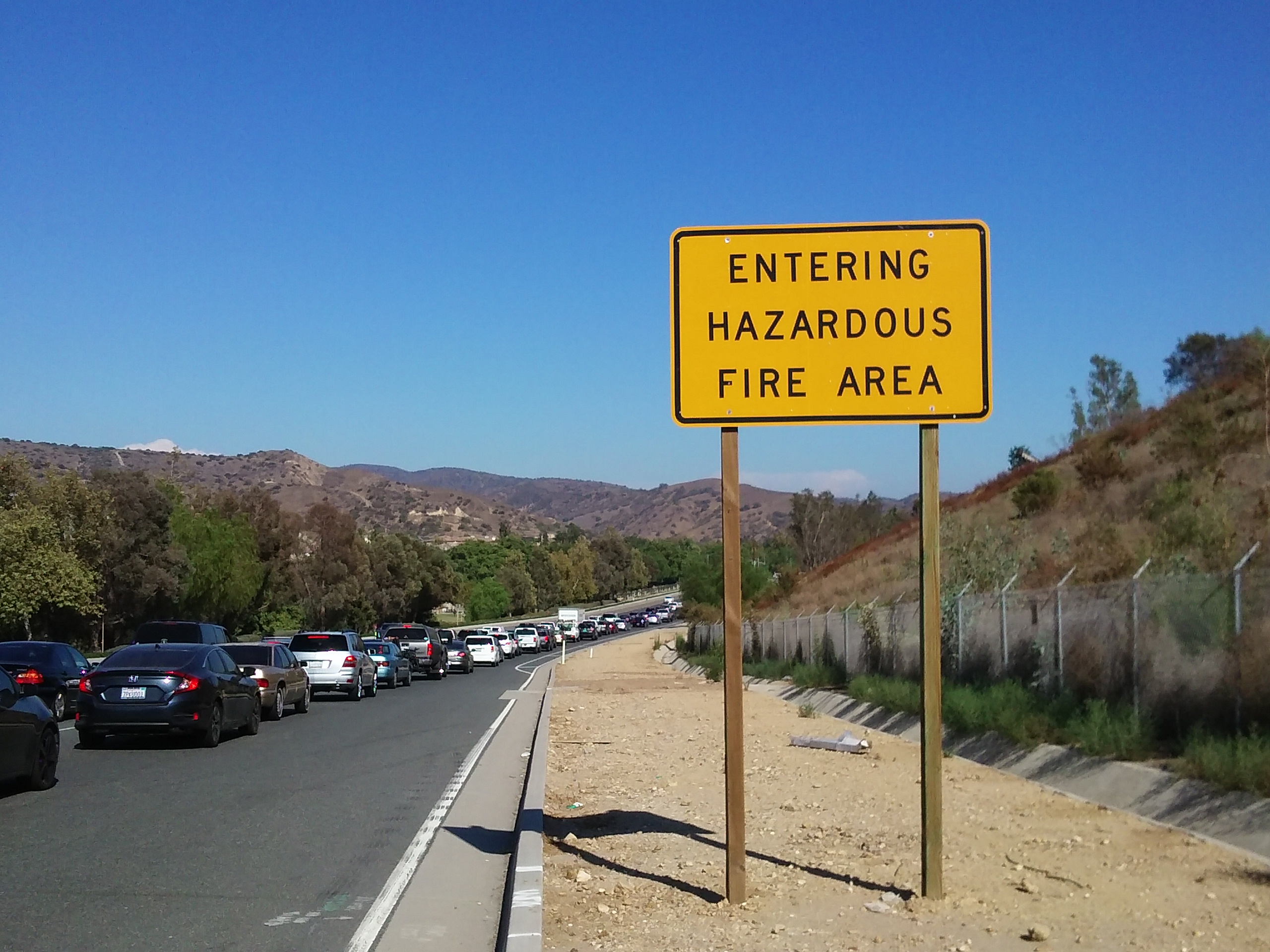 file hazardous fire area warning sign on carbon canyon road with wikimedia commons. Black Bedroom Furniture Sets. Home Design Ideas