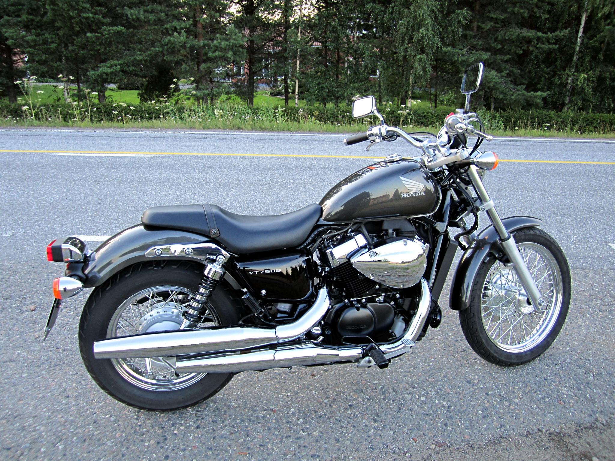 File Honda Vt750s Motorcycle 2011 Jpg Wikimedia Commons
