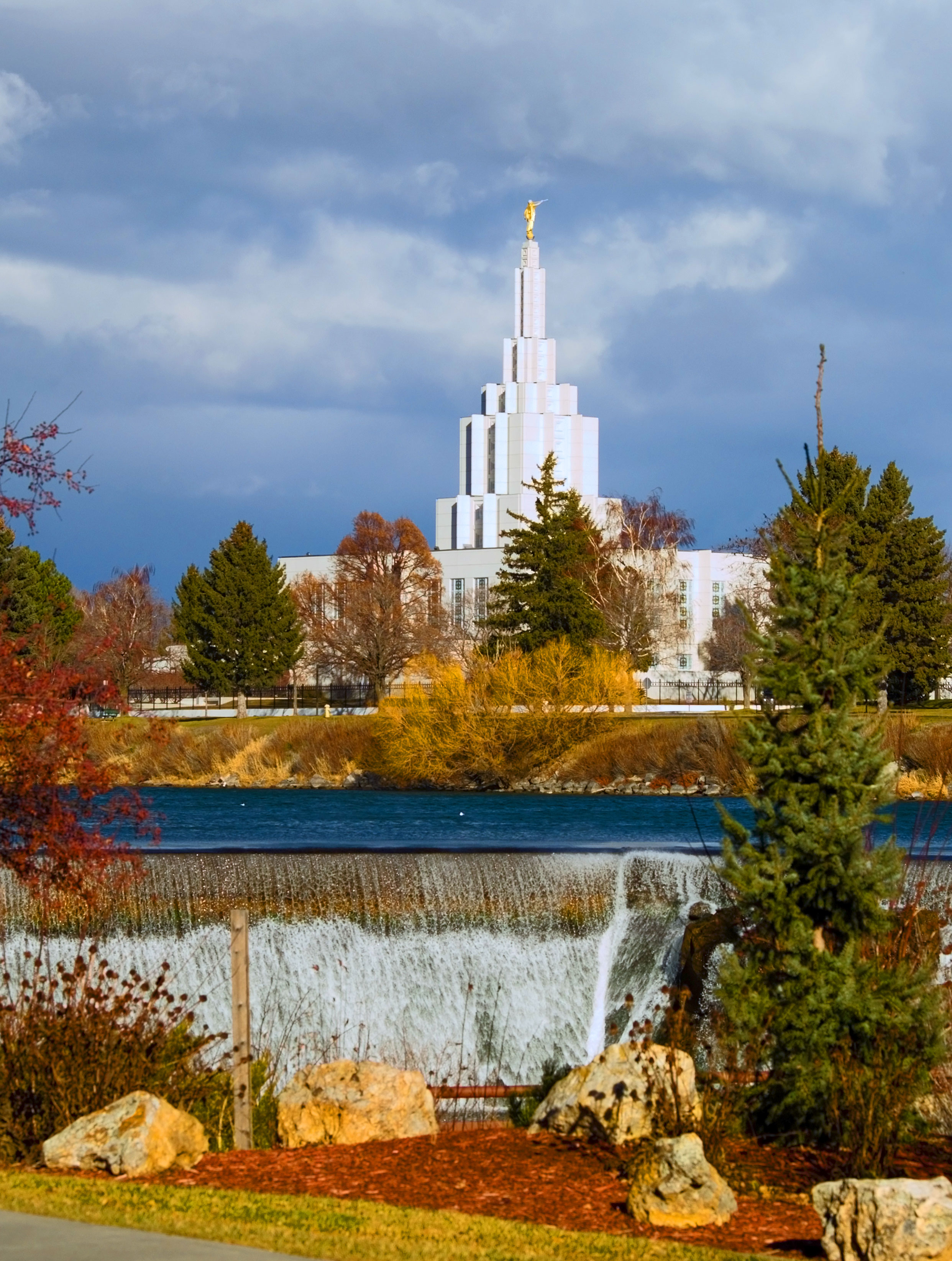 Pictures Idaho Falls Idaho Falls Temple.jpg