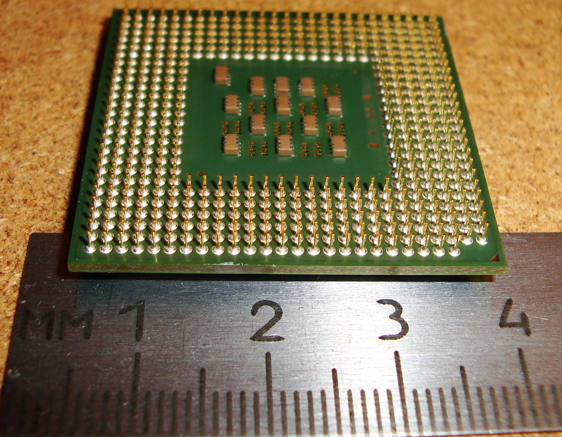 File:Intel Pentium 4 SL9PC Socket 478, bottom side.JPG