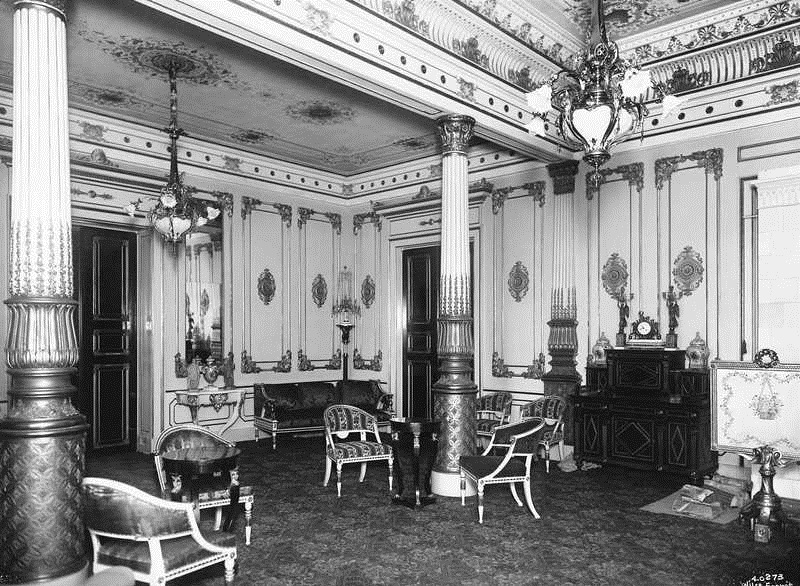Interior of Royal Palace, Oslo OB.Y3984.jpg