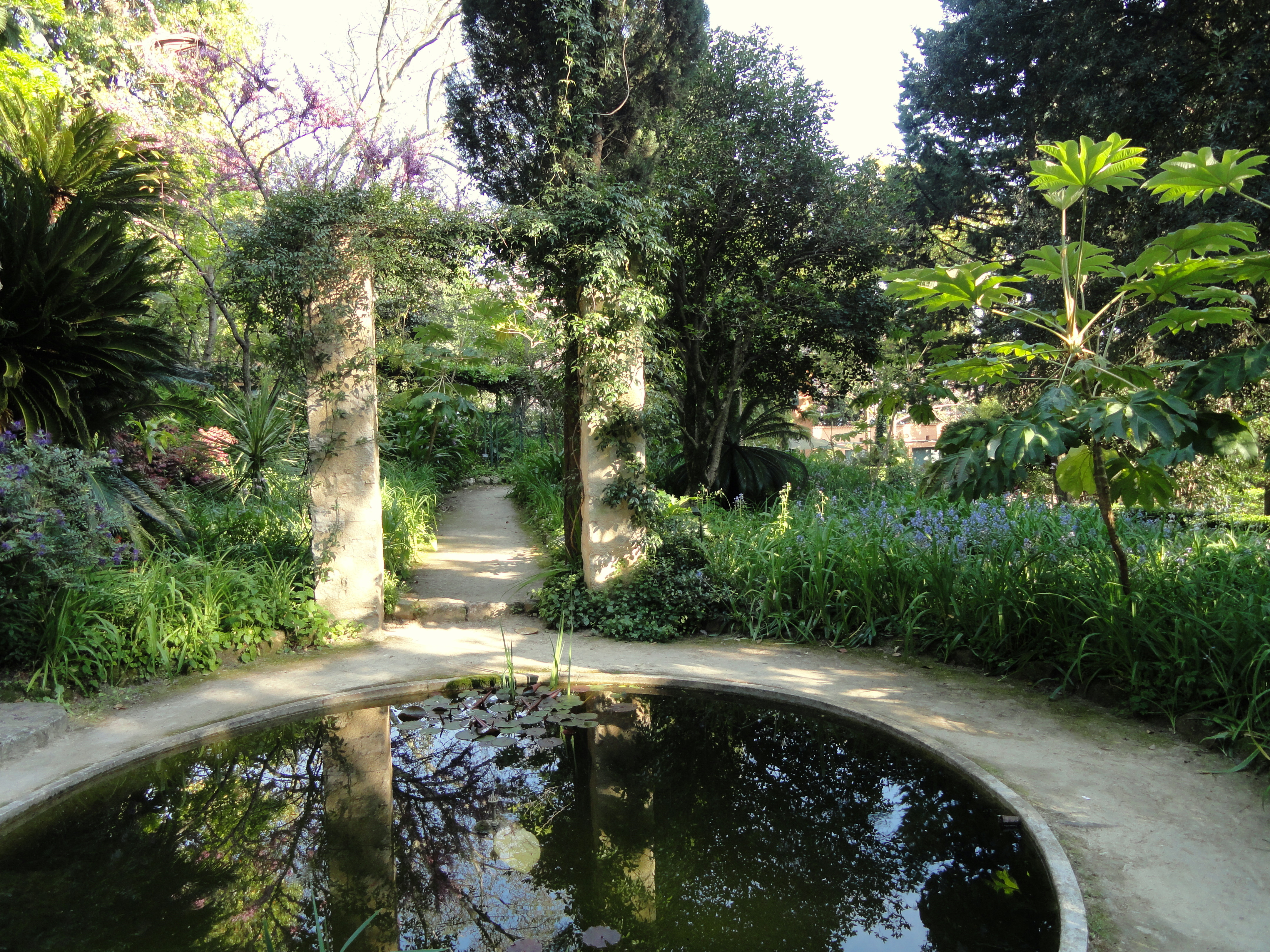 1000 images about le cercle des jardiniers on pinterest garden design che - Serre de jardin 12m2 ...