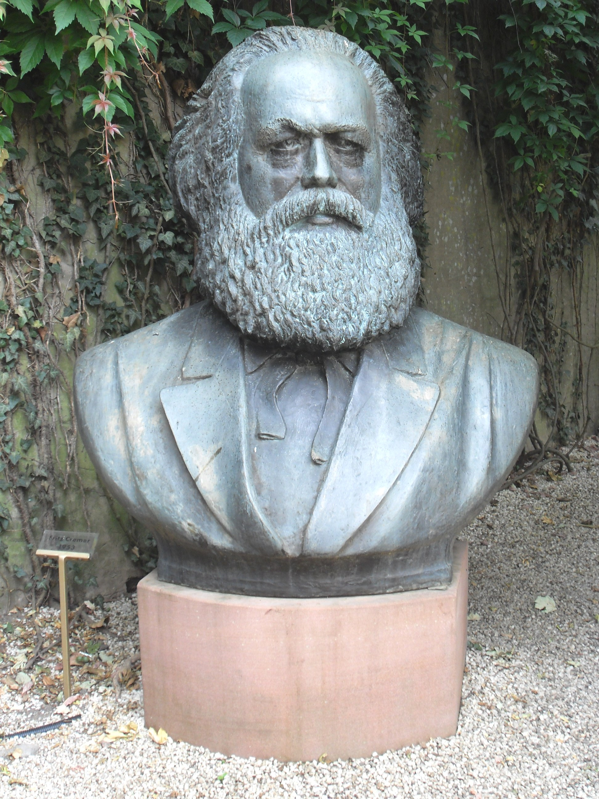a description of karl marx born in a place called trier in prussia Karl heinrich marx was born on may 5, 1818 in trier, prussia his father, heinrich marx, was a successful lawyer and advocate of the enlightenment his mother, born henrietta pressburg, was from holland.