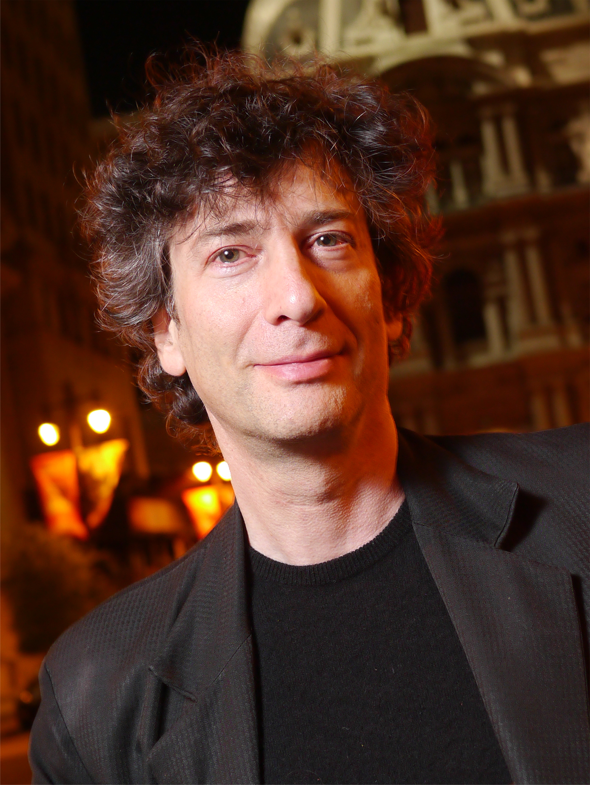Photo of Neil Gaiman