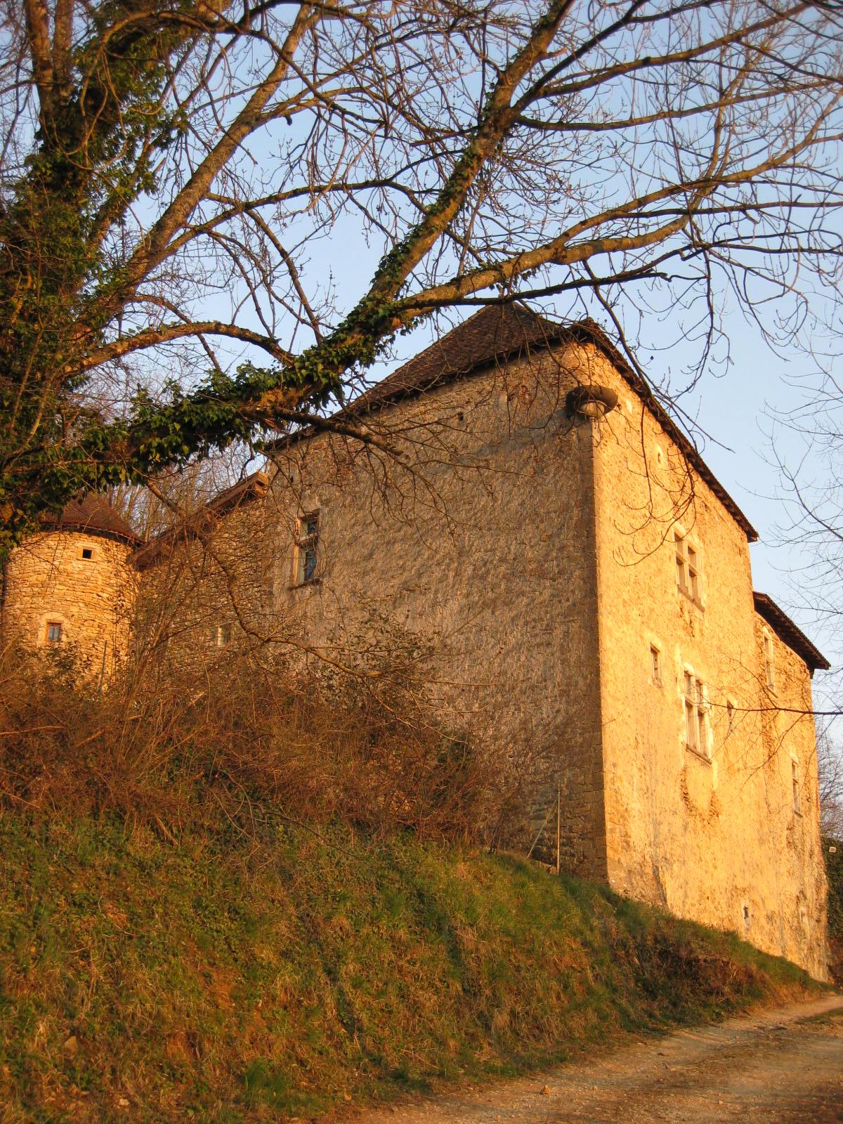 Maison forte de saint germain wikip dia for La quincaillerie saint germain