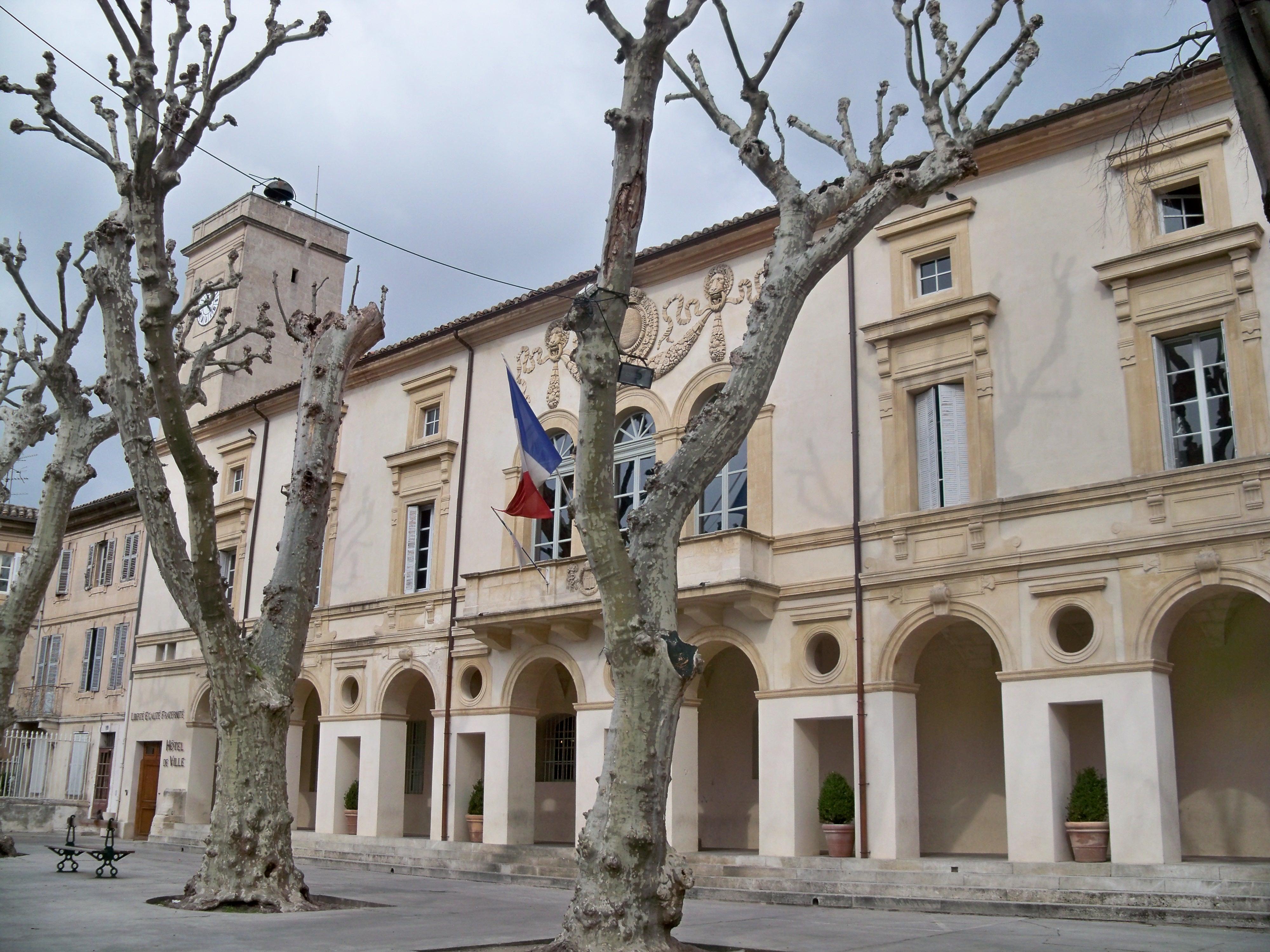 Saint remy de provence france pictures for Entretien jardin st remy de provence