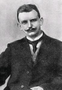 https://upload.wikimedia.org/wikipedia/commons/b/bc/Martin-niepage.jpg