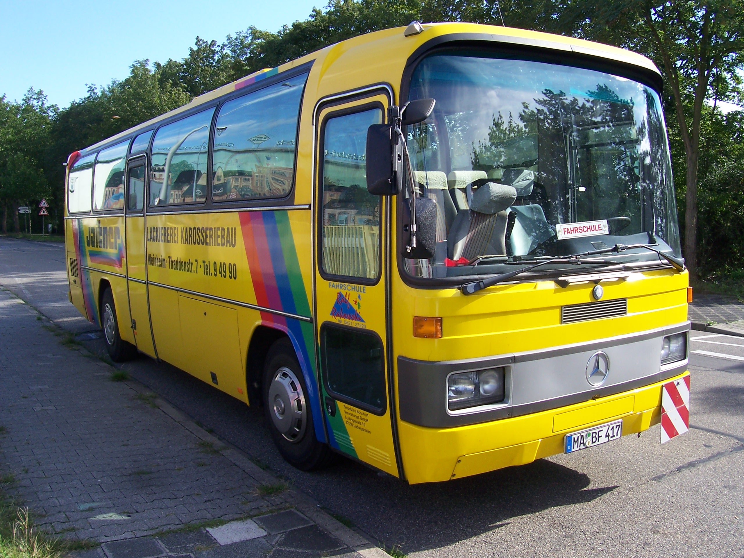 File:Mercedes-Benz-O 303 Mannheim 100 7517.jpg