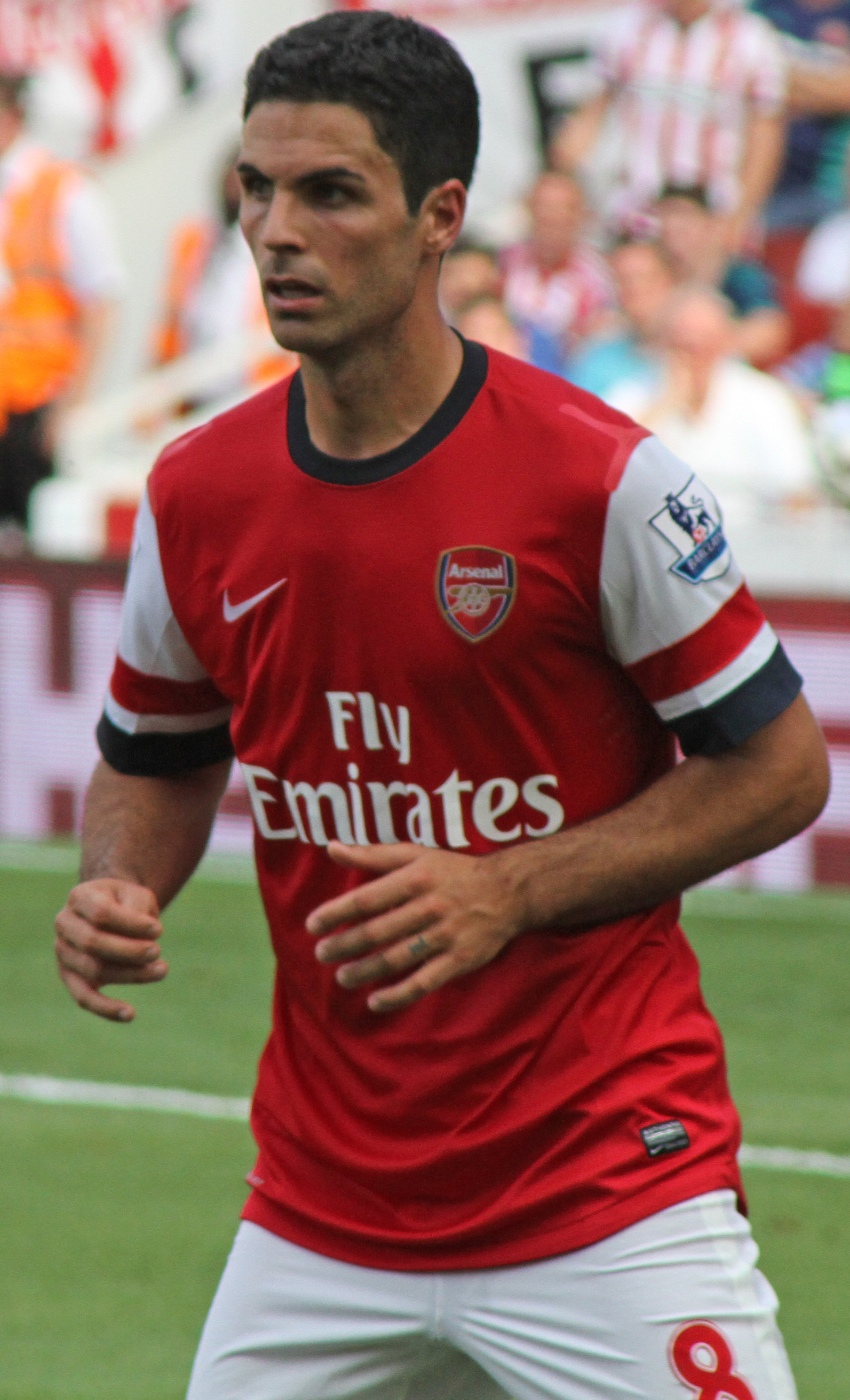 The 36-year old son of father (?) and mother(?) Mikel Arteta in 2018 photo. Mikel Arteta earned a  million dollar salary - leaving the net worth at 13.8 million in 2018