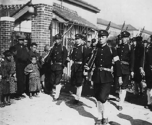 Military training courses at Osaka Municipal Commercial College in October 1925 Military training courses at Osaka Municipal Commercial College.JPG