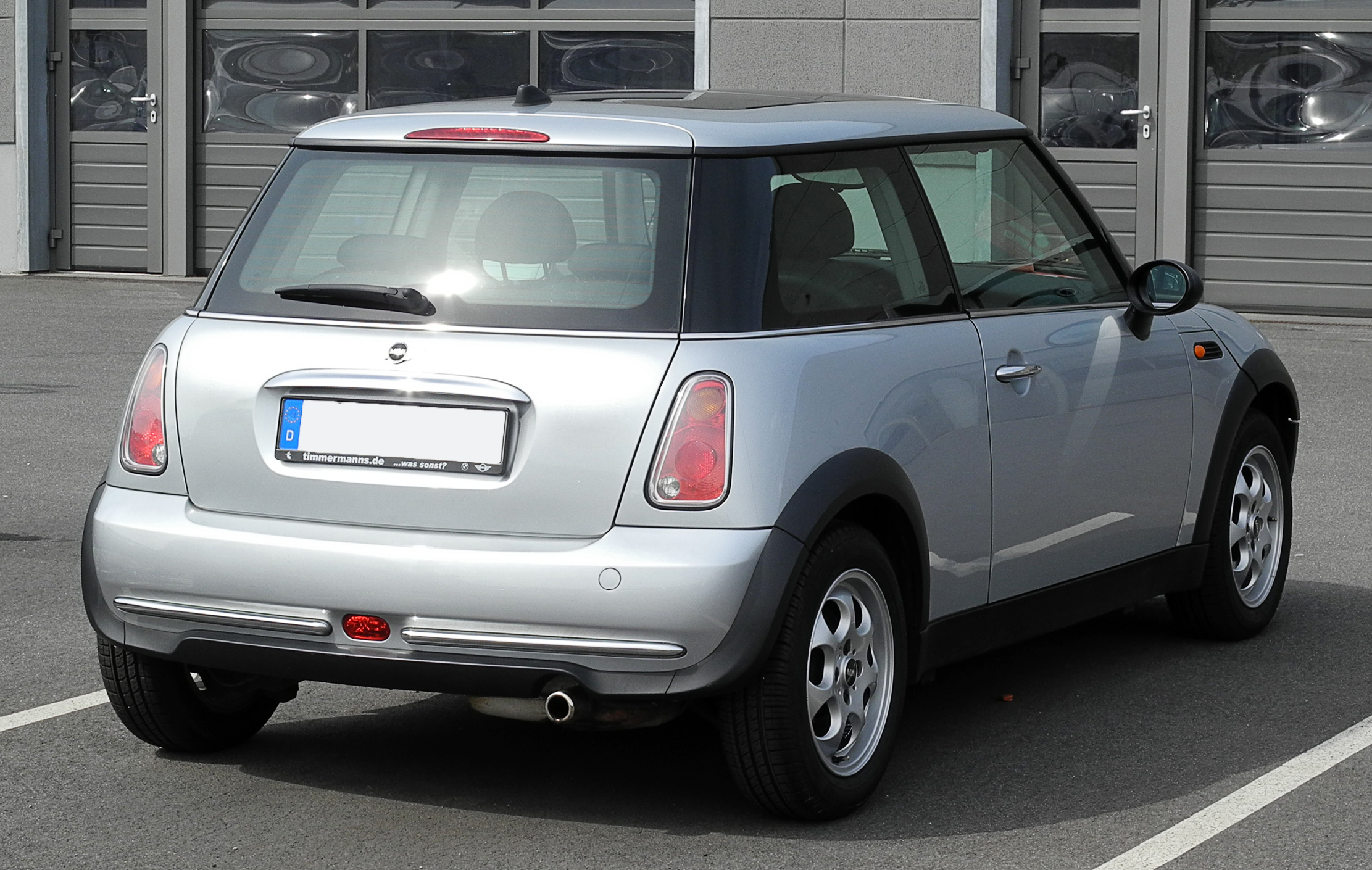file mini one r50 heckansicht 12 juni 2011