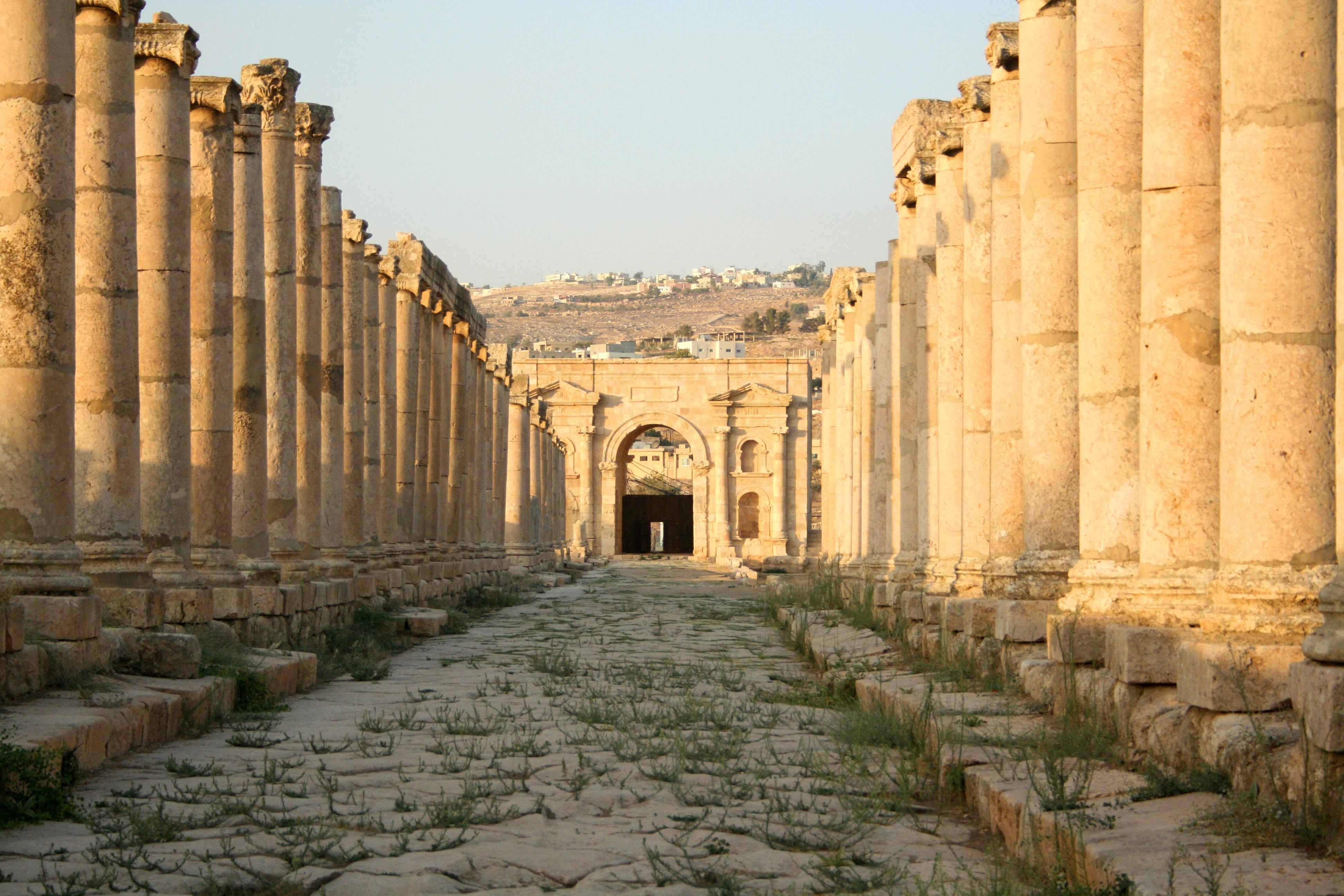 File North Gate Jerash Jordan1 Jpg Wikimedia Commons