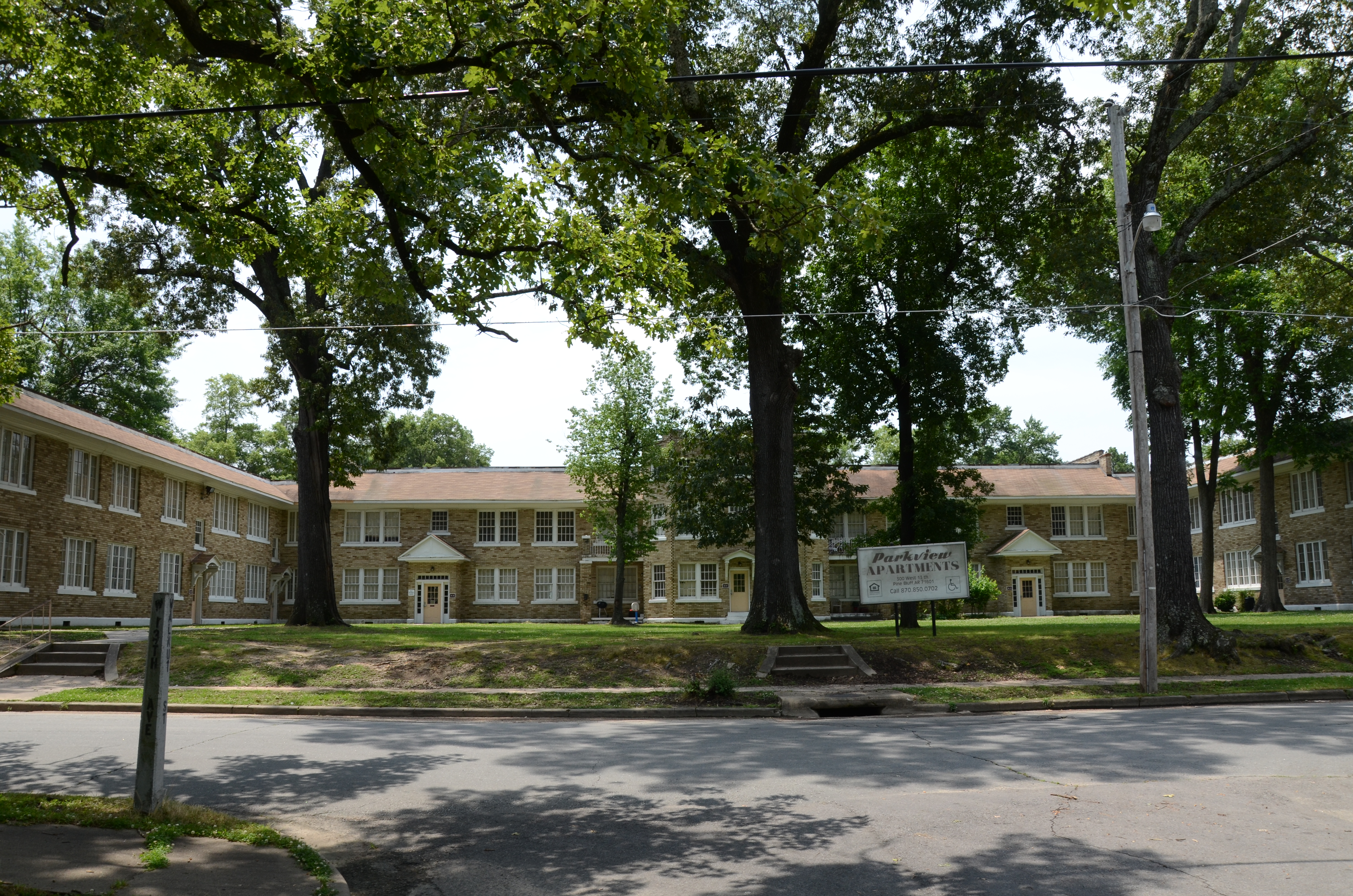 Parkview Apartments (Pine Bluff, Arkansas) - Wikipedia