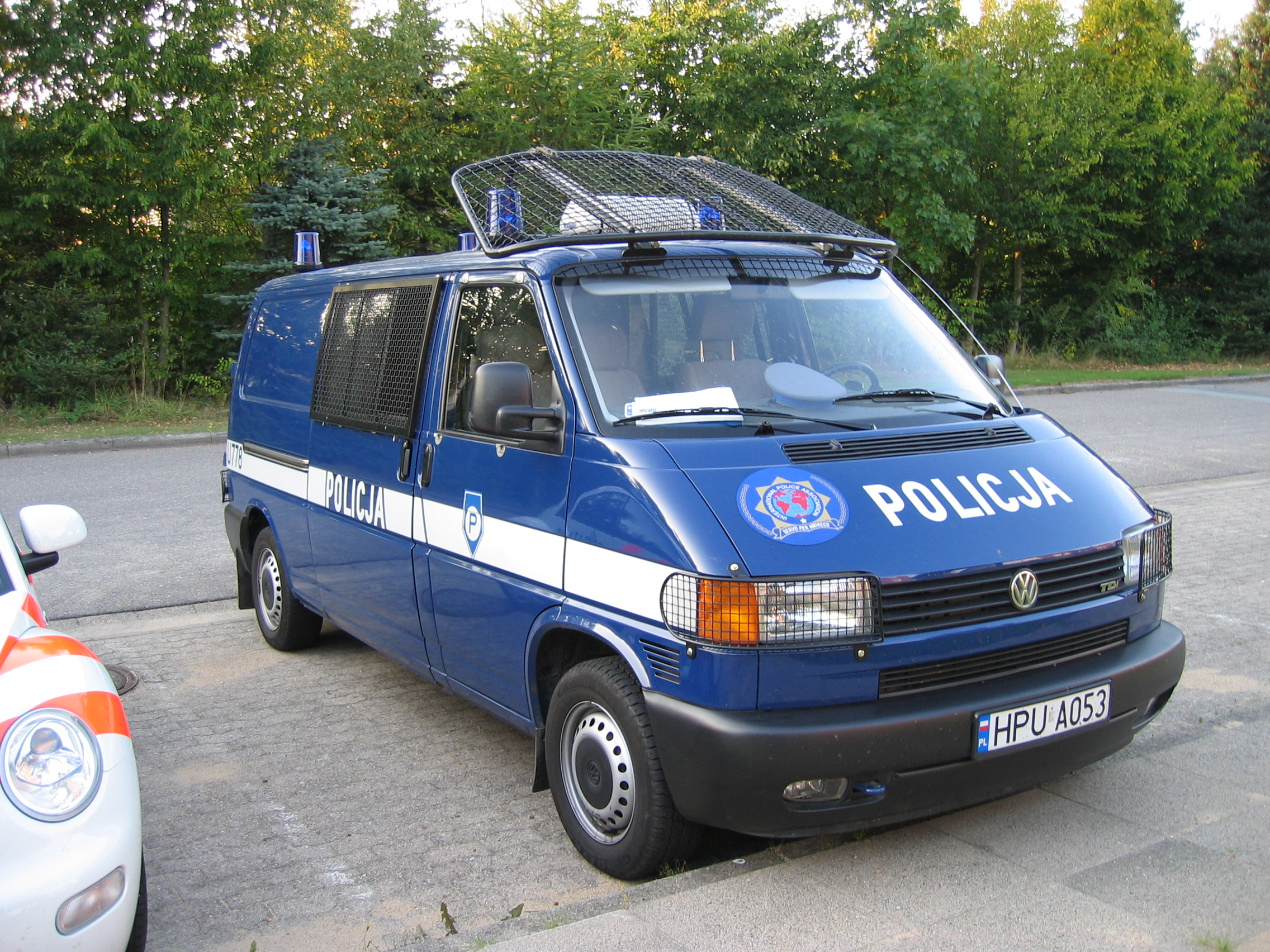 file polish police car 03 jpg wikimedia commons. Black Bedroom Furniture Sets. Home Design Ideas