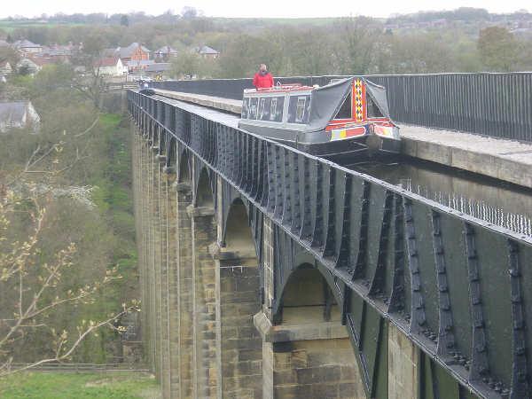Pontcysyllte Aqueduct - geograph.org.uk - 3756