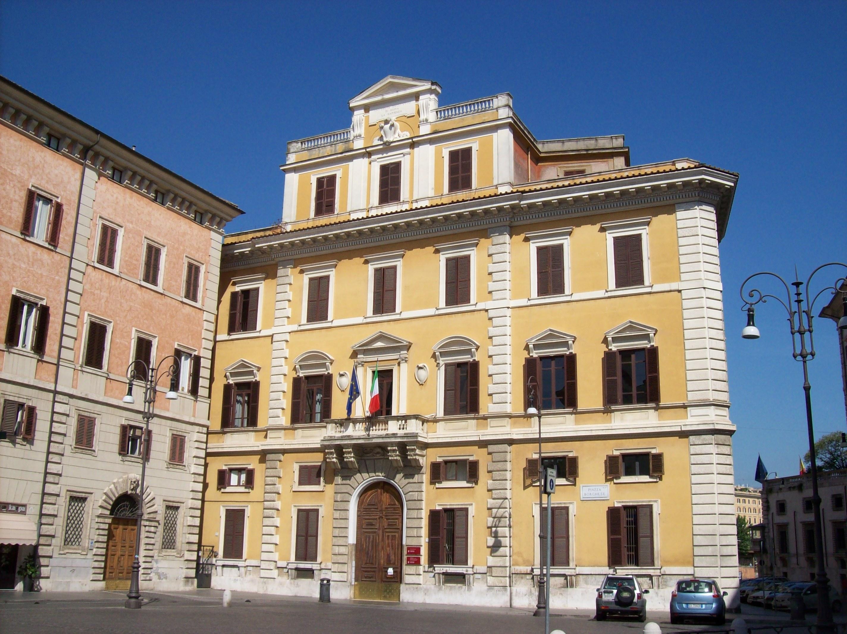File:Roma 2011 08 07 Univ Roma 1 Facoltà Architettura Fontanella Borghese.jpg - Wikimedia Commons