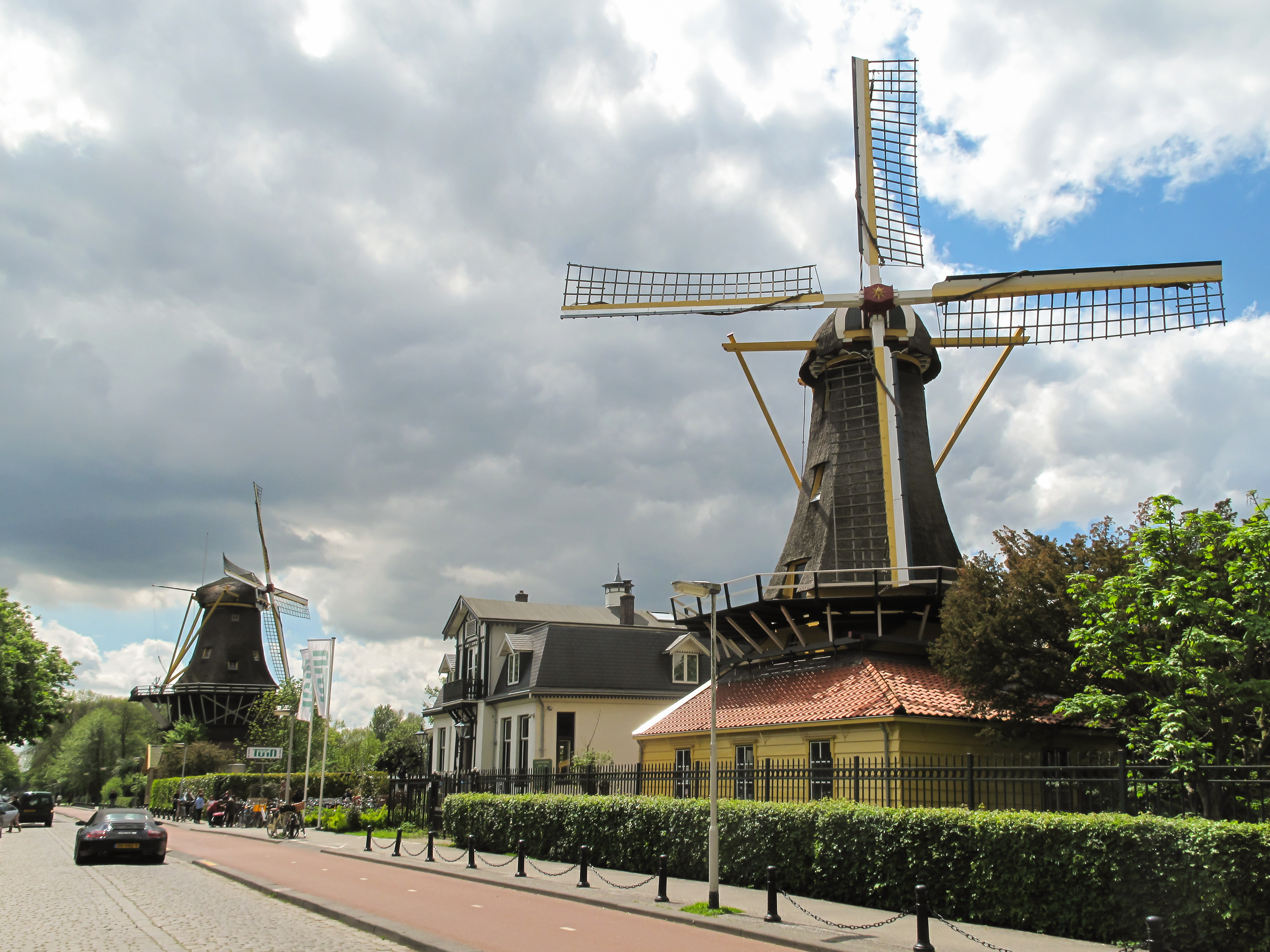 Bestand:Rotterdam-Kralingen, de twee molens bij de Kralingse Plas ...