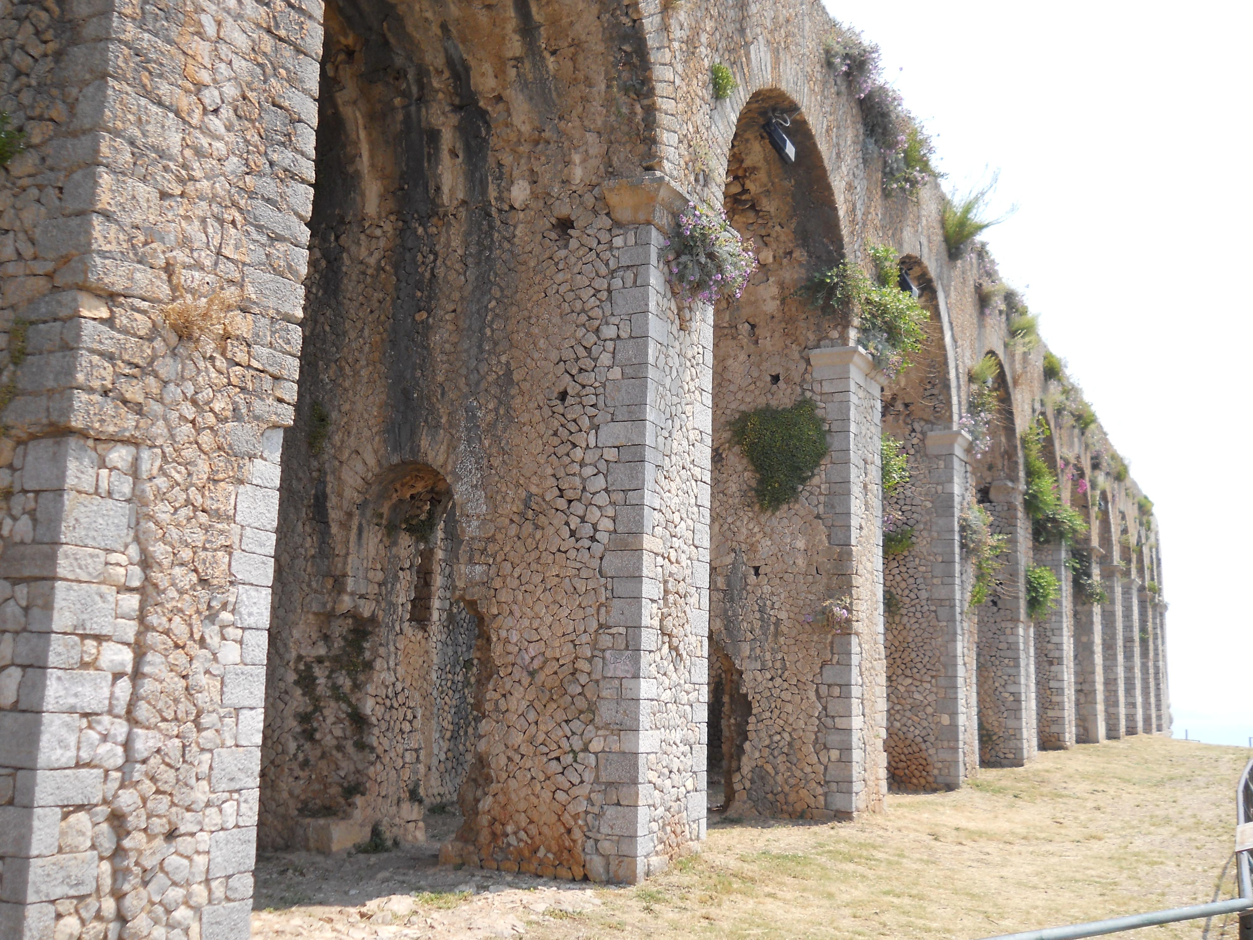 File Santuario Di Monte Sant Angelo Terrazza Inferiore