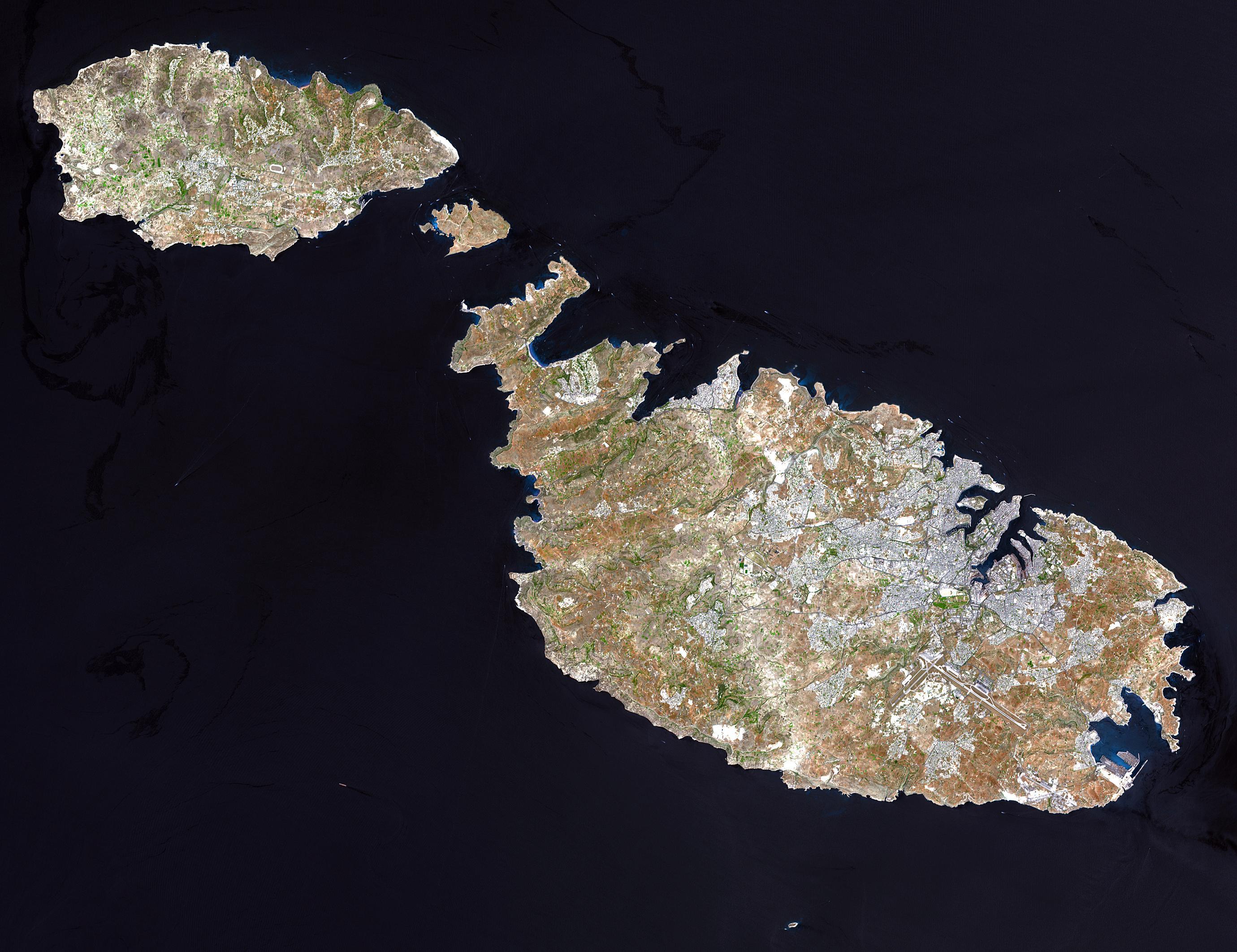 Satellitenbild von Gozo, Cominotto, Comino und Malta
