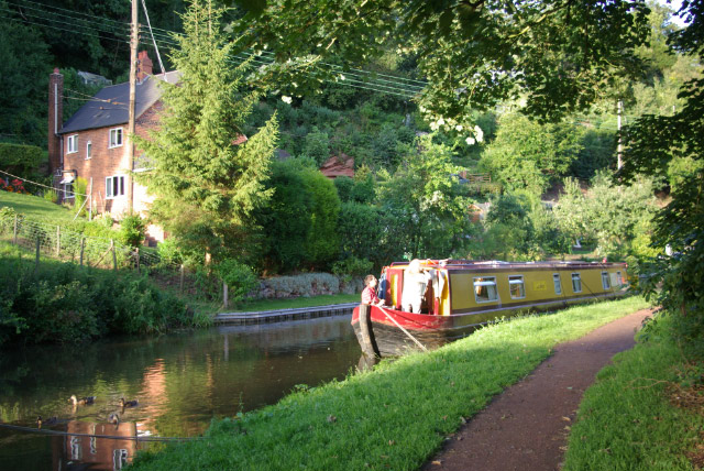 Staffordshire and Worcestershire Canal, Kinver - geograph.org.uk - 906846