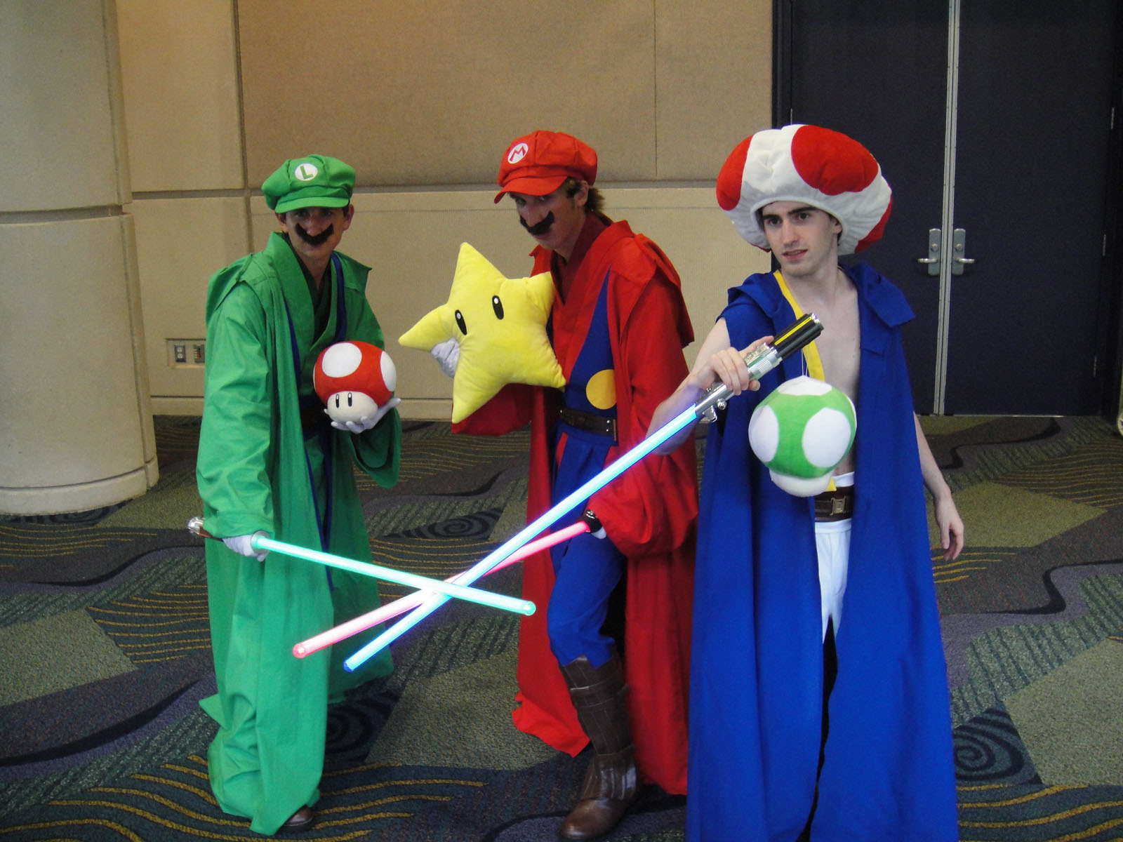 FileStar Wars Celebration V - Luigi Mario and Toad Jedi costumes ( & File:Star Wars Celebration V - Luigi Mario and Toad Jedi costumes ...