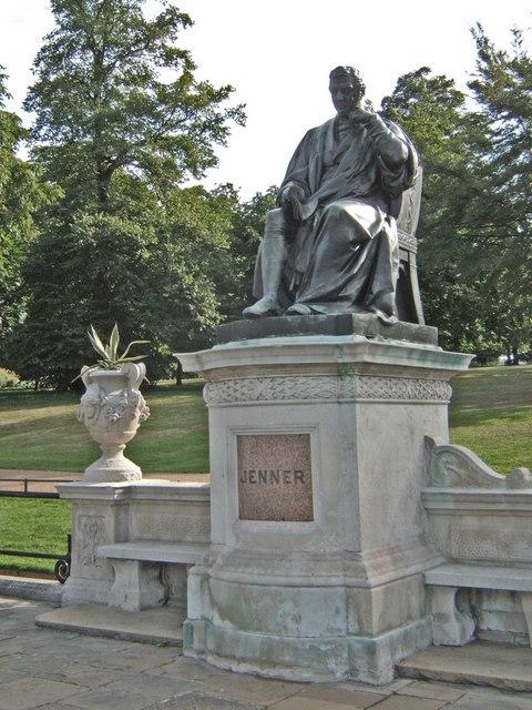 Statue of Edward Jenner, London