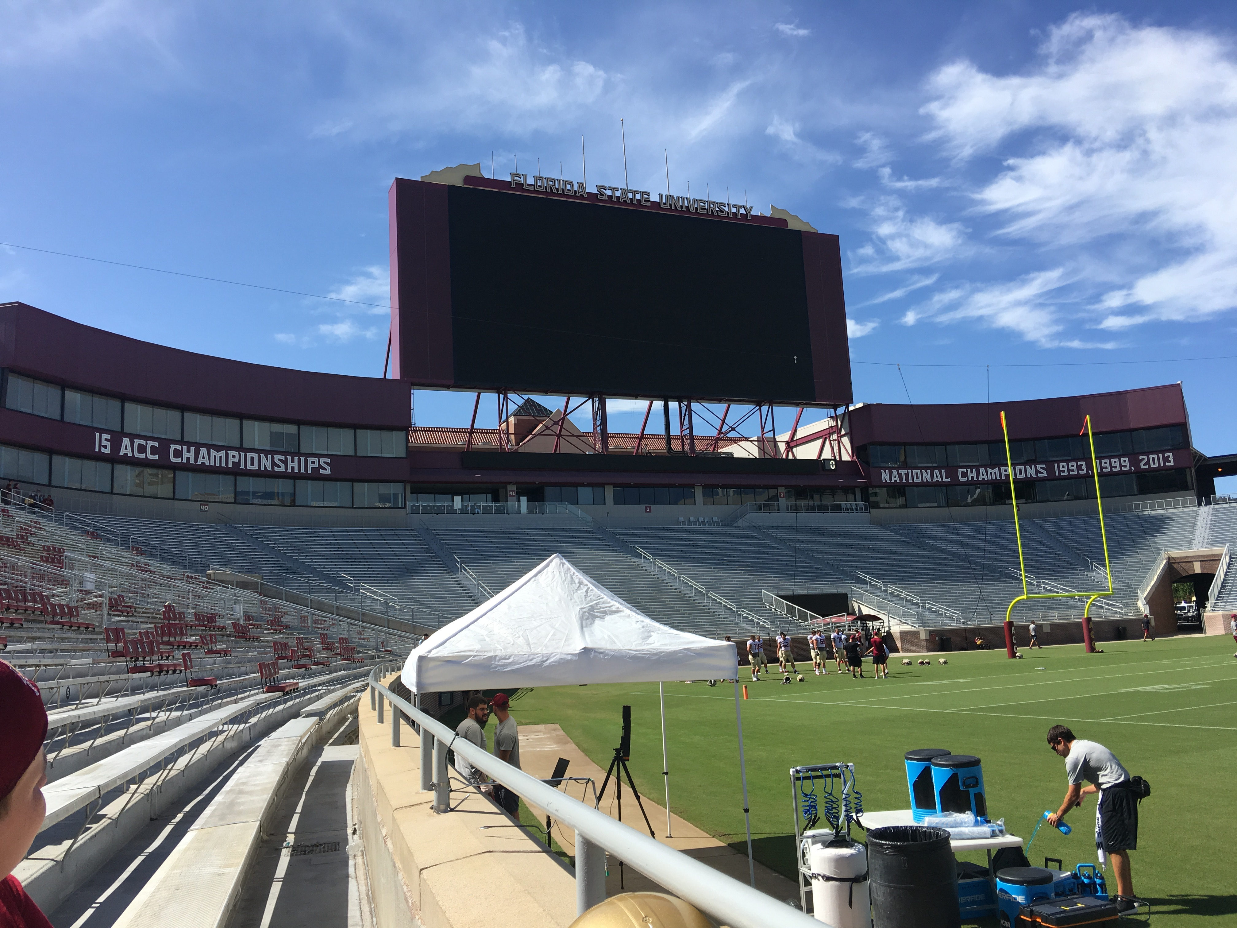 The renovated North End stands and screen of Doak Campbell Stadium.jpg English: The renovated North End stands and screen of Doak Campbell