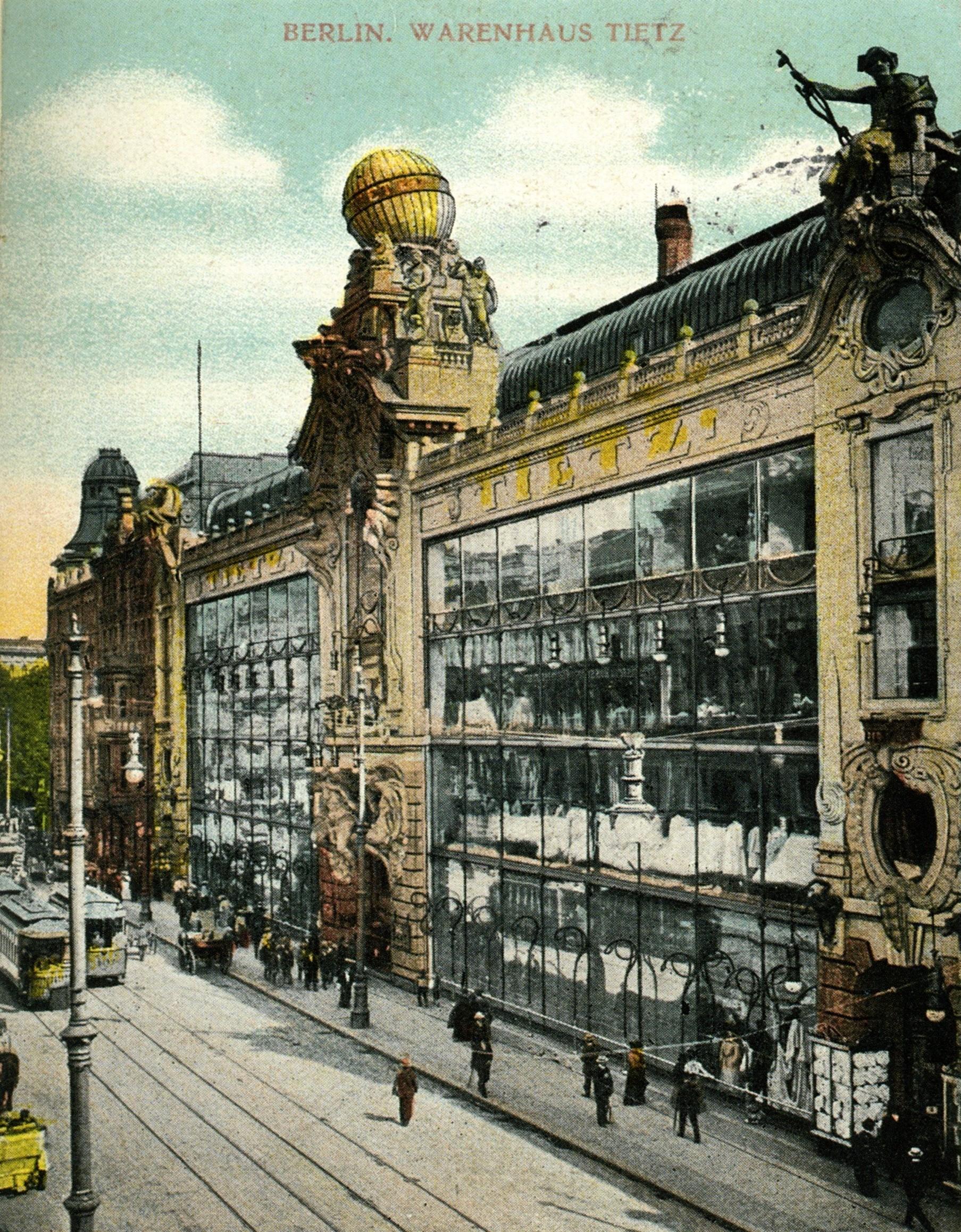 Eine der ersten Hertie-Filialen: Das Warenhaus Tietz in Berlin um 1900.