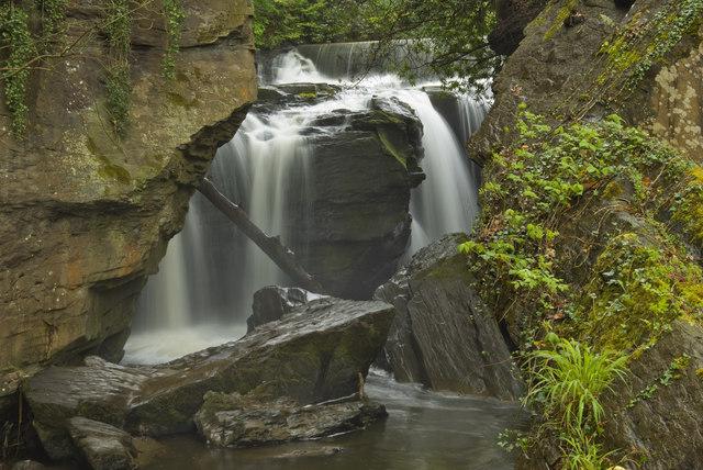 Waterfall Aberdulais-Falls on Afon Dulais - geograph.org.uk - 1465422