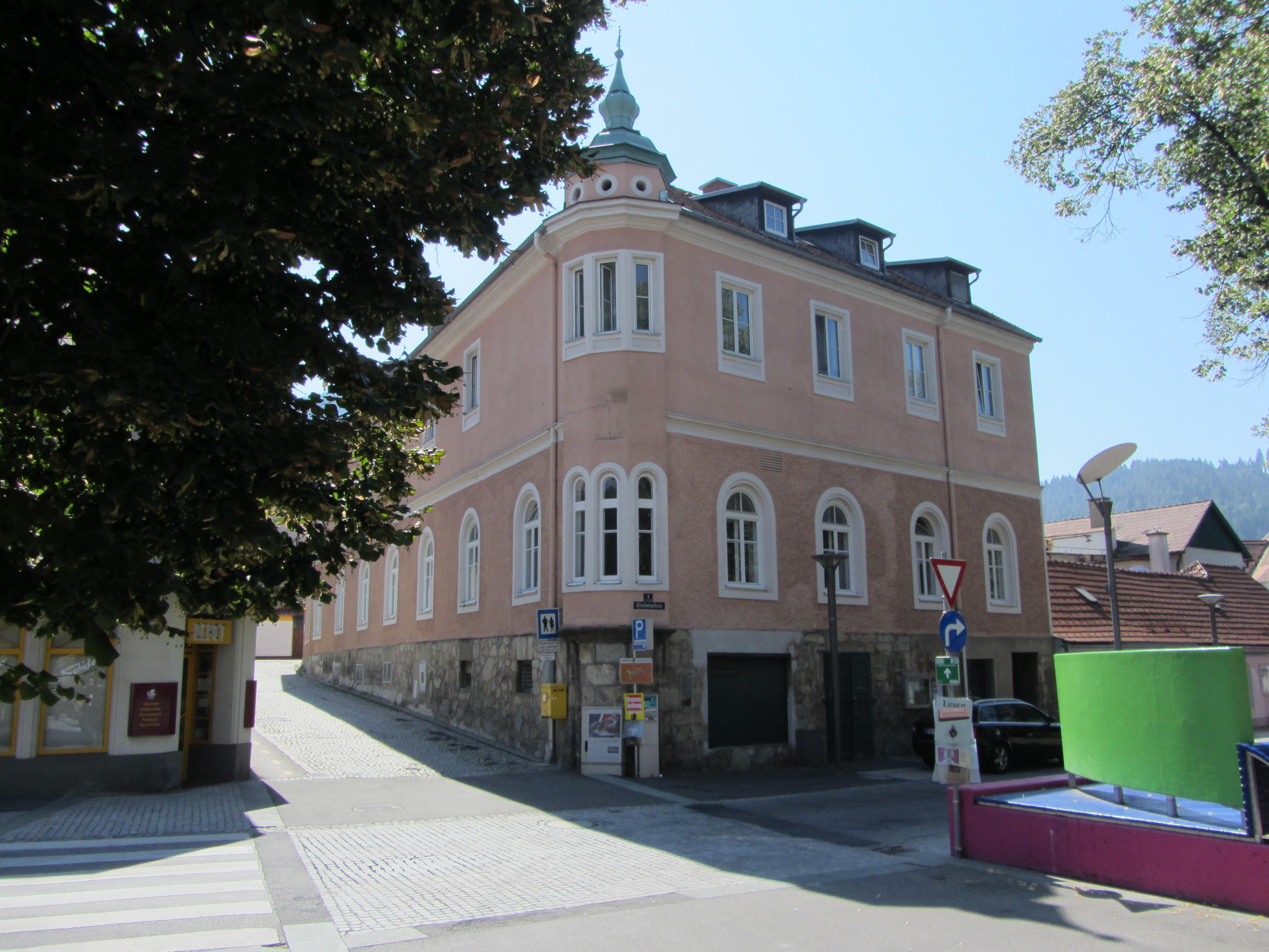 File Wohnhaus Haus der Begegnung JPG Wikimedia mons
