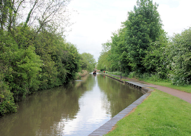 Worcester and Birmingham Canal - geograph.org.uk - 1348620