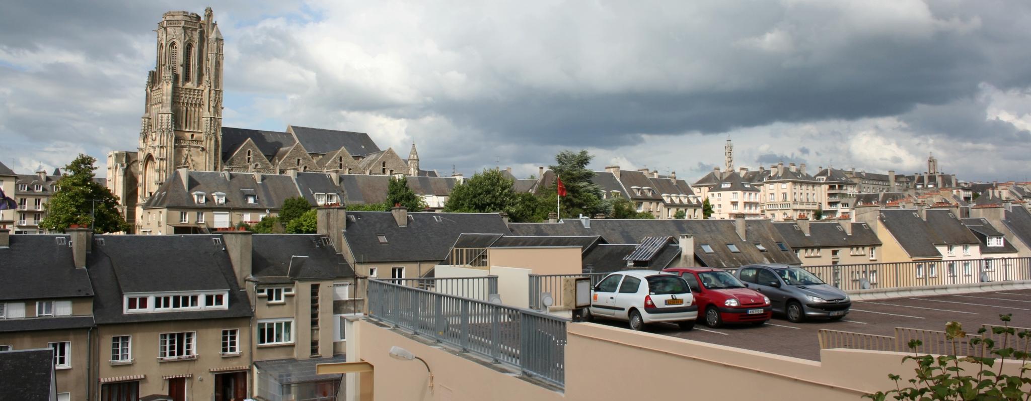 Saint-Lo France  city images : Églises et beffroi saint lo france Wikimedia Commons