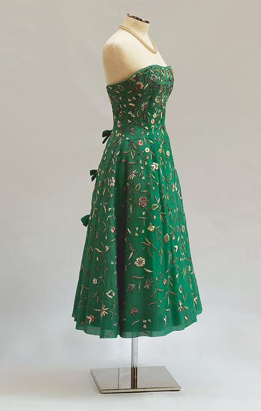 strapless dress wikipedia