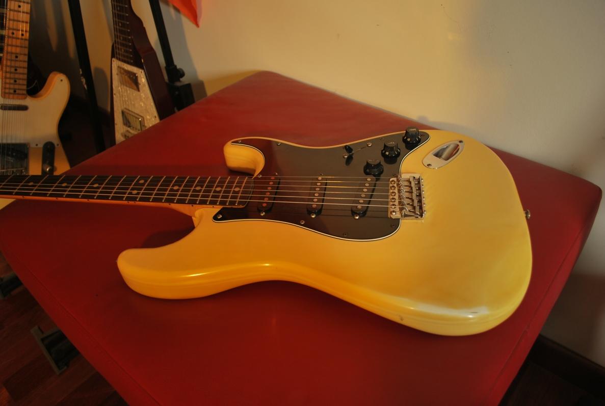 Fender Stratocaster Preisvergleich - billigerde