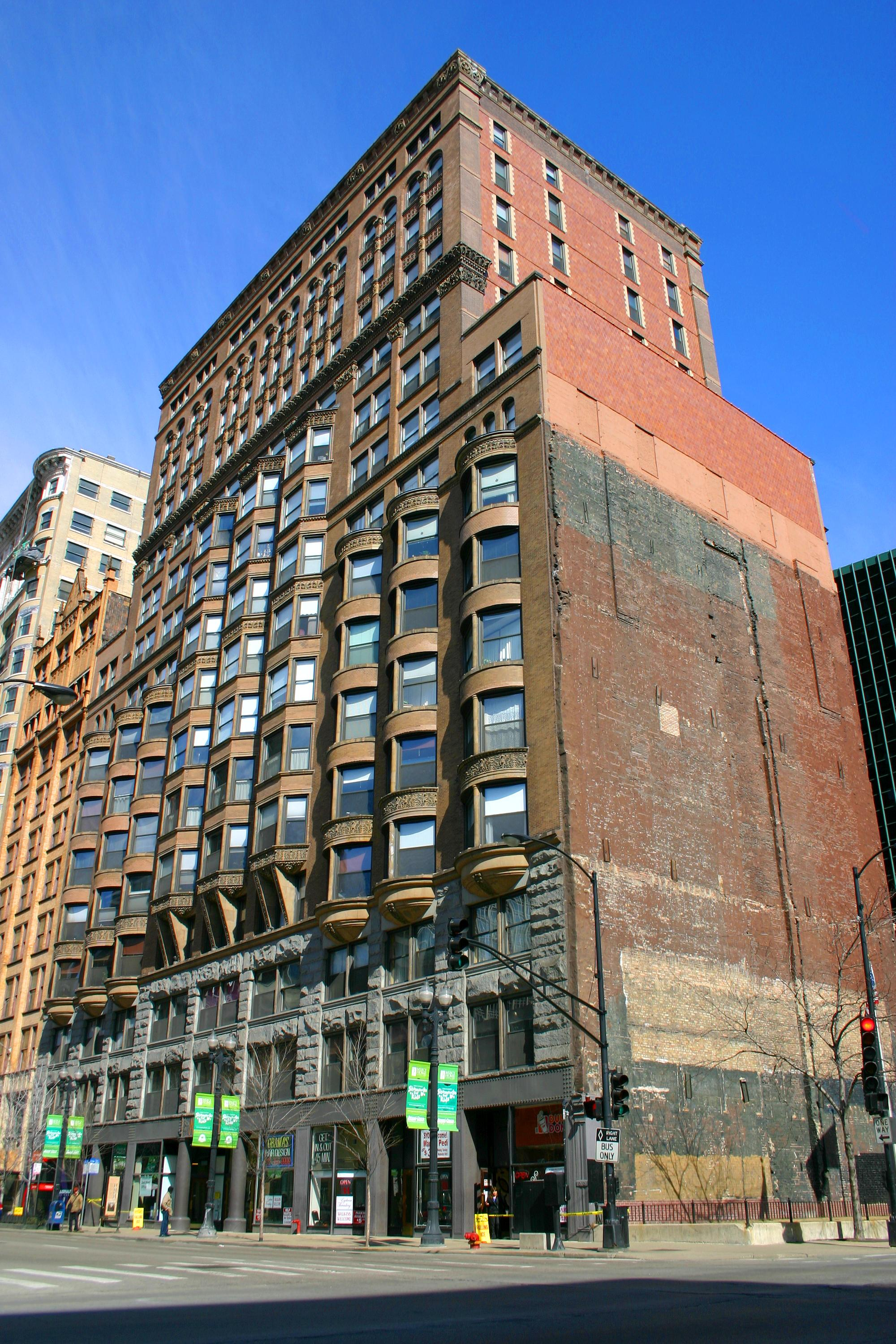 History Of Chicago Apartment Buildings