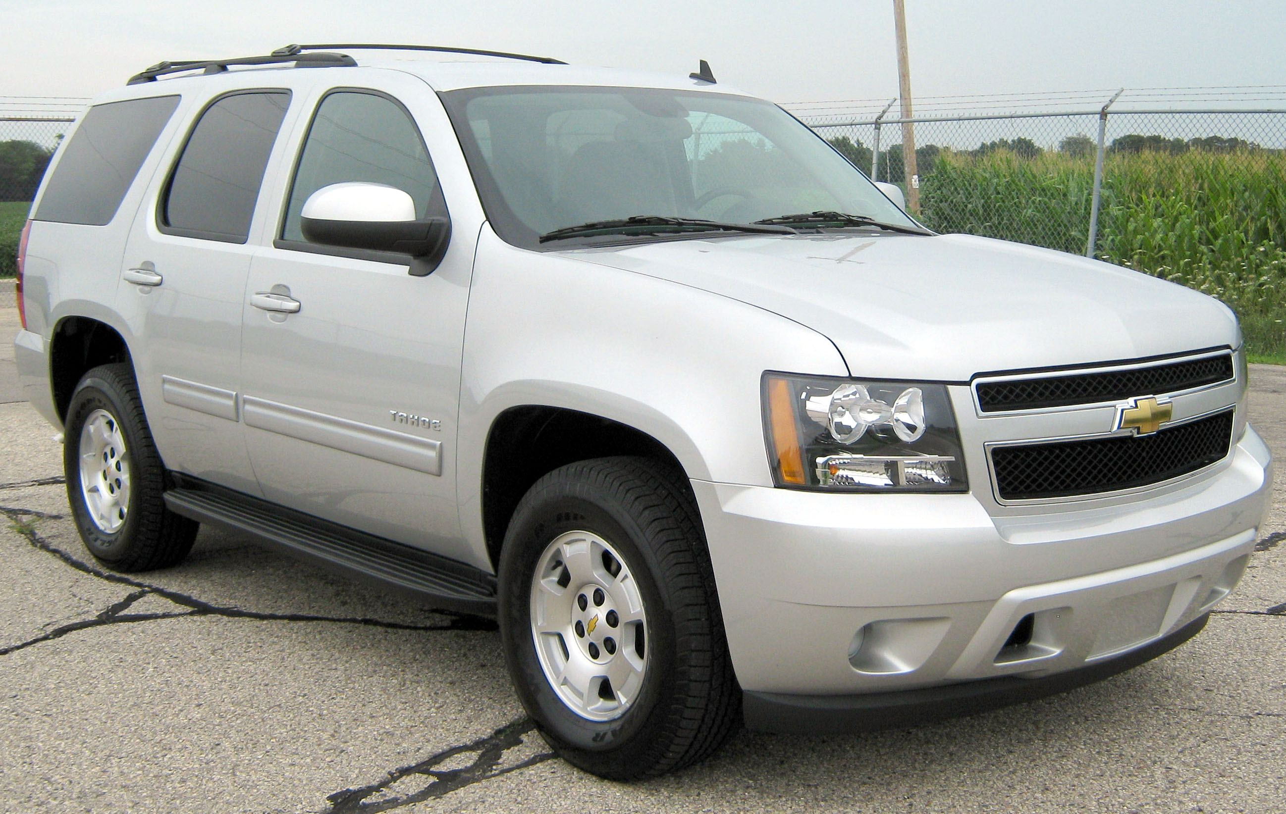 Description 2011 Chevrolet Tahoe LS -- NHTSA.jpg