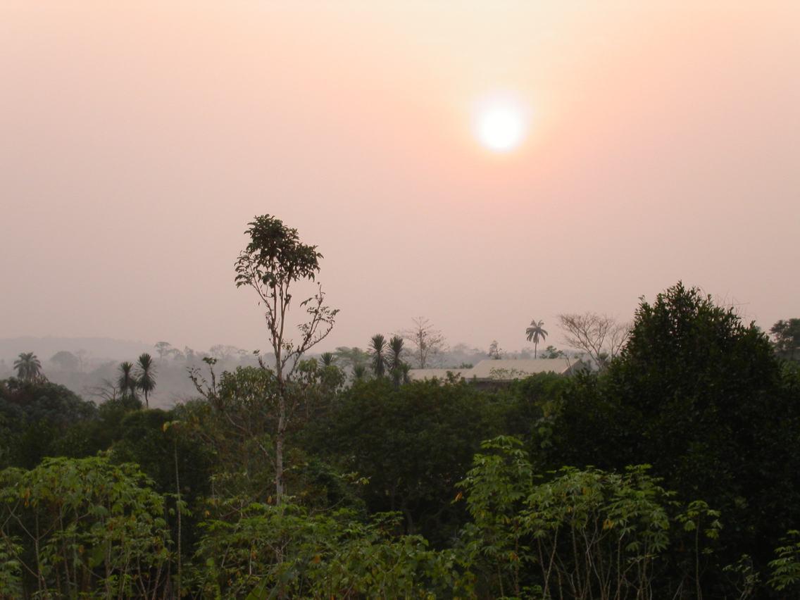 File:Afternoon sun in Mamfe, Cameroon.jpg - Wikimedia Commons