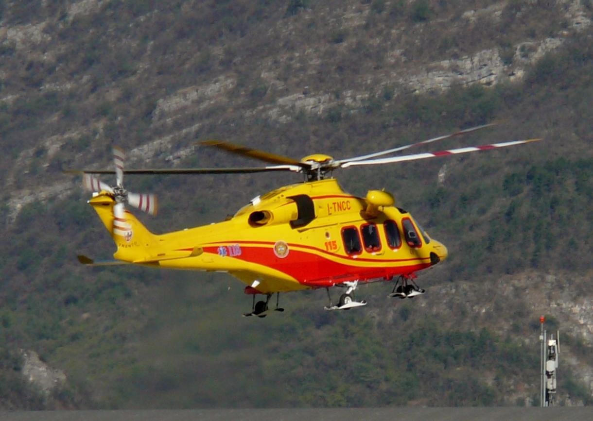 Elicottero 139 : Agustawestland aw139 wikiwand