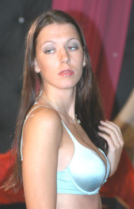 Alicia Alighatti naked 122