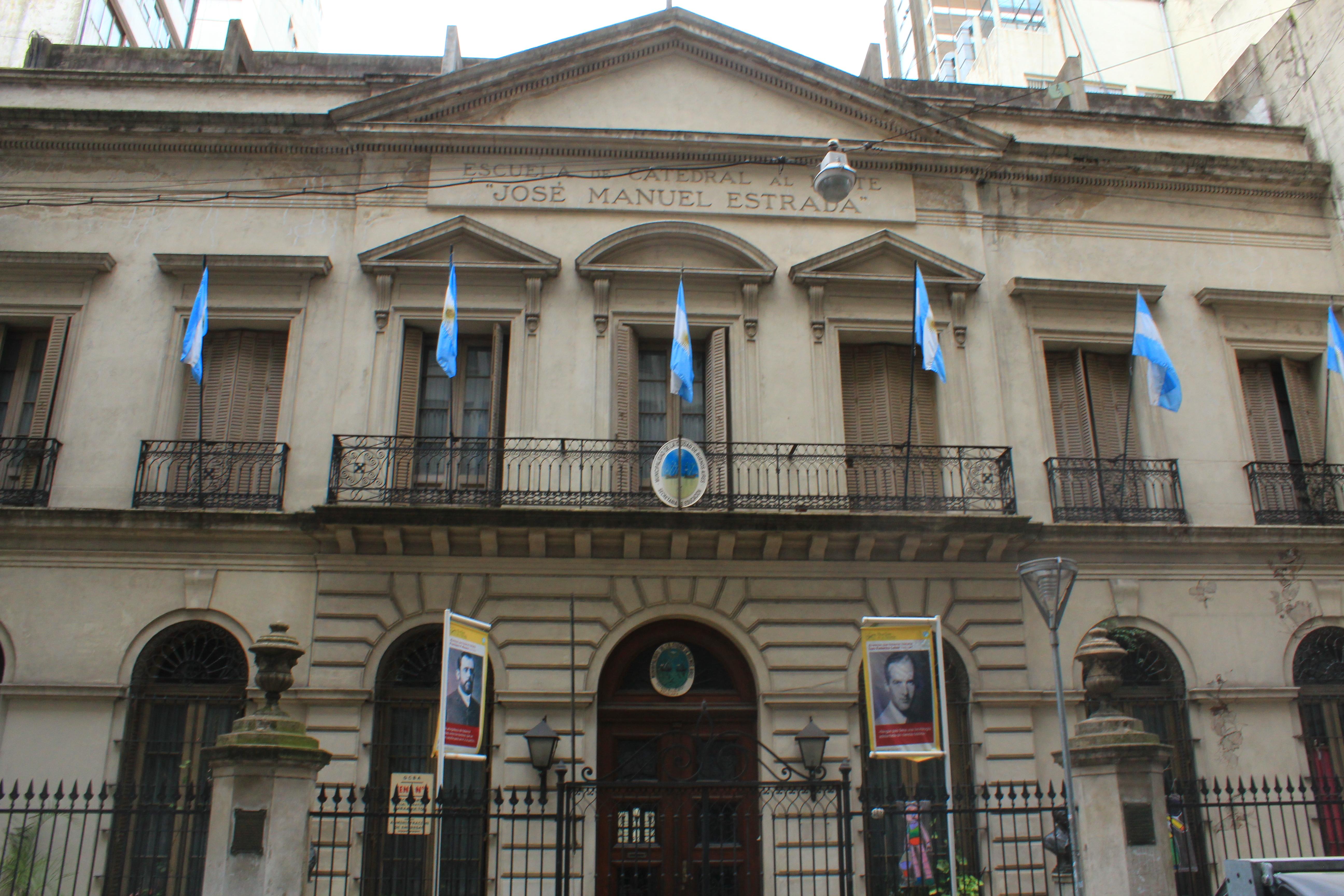 Antigua escuela 2..JPG Arquitectura escolar en la ciudad de Buenos Aires Argentina